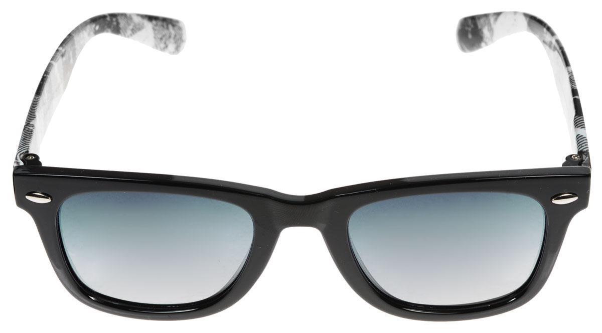 Очки солнцезащитные женские Fabretti, цвет: белый, черный. A1610-10BM8434-58AEСолнцезащитные женские очки Fabretti выполнены с линзами из высококачественного пластика.Используемый пластик не искажает изображение, не подвержен нагреванию и вредному воздействию солнечных лучей, защищает от бликов, повышает контрастность и четкость изображения, снижает усталость глаз и обеспечивает отличную видимость. Линзы имеют степень затемнения Cat. 3.Пластиковая оправа очков, выполненная в оригинальной черно-белой гамме, дужки декорированы рисунком в клетку. Оправа легкая, прилегающей формы и поэтому не создает никакого дискомфорта.Такие очки защитят глаза от ультрафиолетовых лучей, подчеркнут вашу индивидуальность и сделают ваш образ завершенным.
