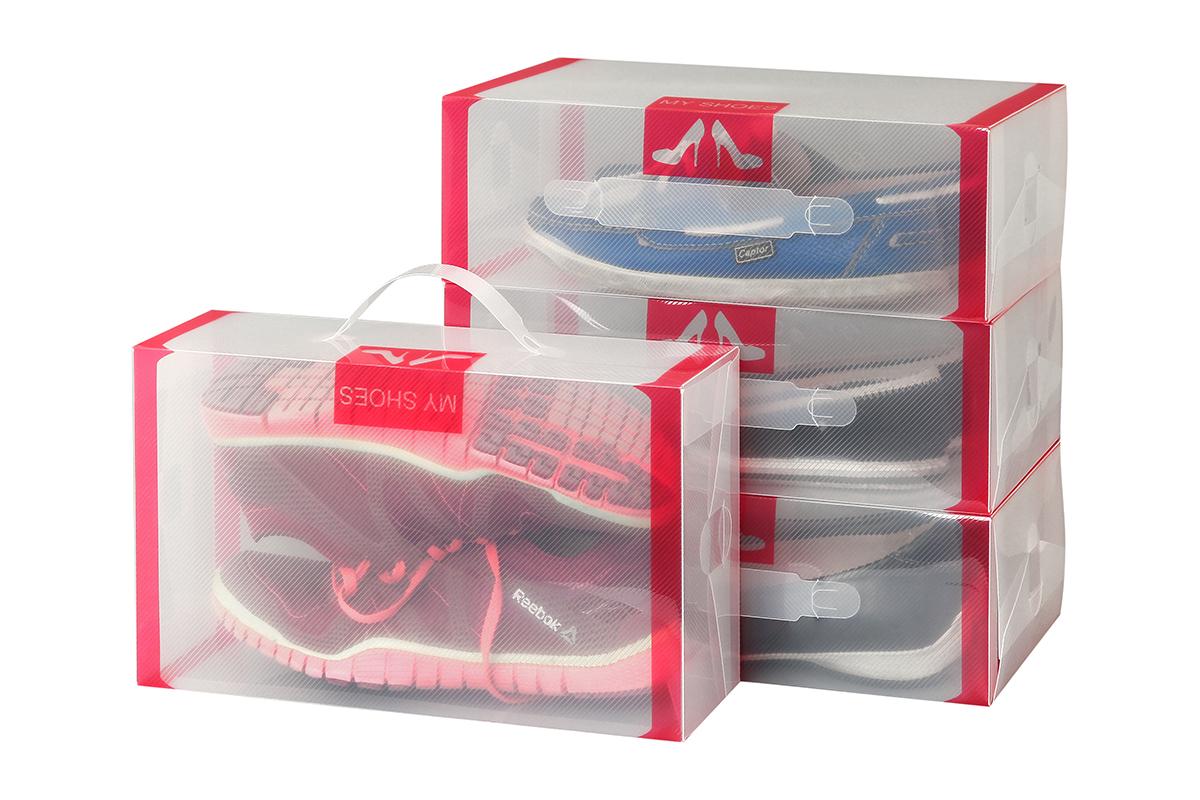 Набор коробок для хранения женской обуви El Casa, 30 х 18 х 10 см, 4 шт680001Набор El Casa состоит из 4 коробок для сезонного хранения женской обуви. Коробки изготовлены из прочного пластика и, в отличие от картонных коробок, не потеряют форму и не порвутся. Прозрачный материал позволяет легко просматривать содержимое коробки, что облегчает поиск нужной обуви. Прозрачные коробочки с яркой каймой украсят вашу гардеробную и будут радовать глаз. Каждая коробка снабжена ручкой для переноски. Занимают минимум места в сложенном виде.