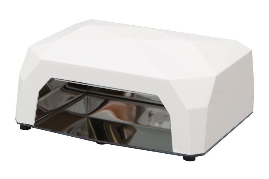 Dongri УФ лампа спиральная DR-12012995Модель SD-1201 работает по принципу холодного катода, так как оснащена спиральной ультрафиолетовой лампой. Скорость полимеризации наносимого на ногти геля — от 5 минут. Решив купить УФ лампу этой модели, Вы сможете заниматься маникюром с максимальным комфортом, а также получите ряд дополнительных выгод. Благодаря современным технологиям, данный прибор, в отличие от аналогов, не требует регулярной замены лампочек, так как ресурс его работы превышает 30 000 часов.Лампа излучает холодный свет и не создает неприятного ощущения дискомфорта, которое может появляться при работе с большинством традиционных ламп, которые нагревают пространство вокруг себя. За счет глубокого проникновения ультрафиолетового излучения в нанесенные на ногтевую пластину гелевые материалы, процесс сушки геля проходит очень быстро и качественно, а минимальный уровень энергозатрат сэкономит Вам денежные средства на оплату электричества и коммунальных счетов.