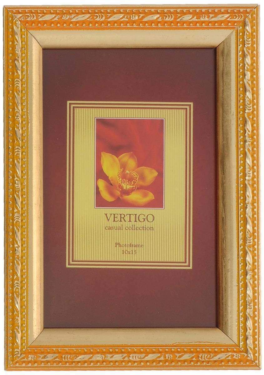 Фоторамка Vertigo, цвет: золотистый, 10 х 15 см. 33909/WF-1038/197Брелок для ключейФоторамка Vertigo выполнена из дерева, украшенного изысканным рельефом. Стекло защищает фотографию. Задняя сторона рамки имеет специальную ножку, благодаря которой ее можно поставить на стол или любое другое место в доме или офисе. Также изделие оснащено креплениями для подвешивания на стену. Такая фоторамка поможет вам оригинально и стильно дополнить интерьер помещения, а также позволит сохранить память о дорогих вам людях и интересных событиях вашей жизни.
