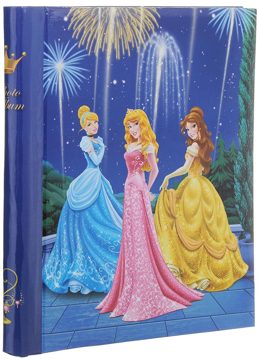 Фотоальбом Pioneer Disney Принцесса, 10 магнитных листов, 23 х 28 см74-0120Фотоальбом Pioneer Disney Принцесса сохранит моменты ваших счастливых мгновений на своих страницах! Обложка выполнена из плотного картона и оформлена изображением принцесс из популярных мультфильмов Disney. Альбом имеет магнитные листы, изготовленные из картона с покрытием ПВХ-пленкой. Такие листы обладают следующими преимуществами: - Не нужно прикладывать усилий для закрепления фотографий, - Не нужно заботиться о размерах фотографий, так как вы можете вставить в альбом фотографии разных размеров, - Защита фотографий от постоянных прикосновений зрителей с помощью пленки ПВХ.Нам всегда так приятно вспоминать о самых счастливых моментах жизни, запечатленных на фотографиях. Поэтому фотоальбом является универсальным подарком к любому празднику. Вашим родным, близким и просто знакомым будет приятно помещать фотографии в этот альбом.Количество листов: 10 шт.Размер листа: 23 х 28 см.
