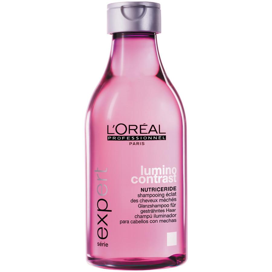 LOreal Professionnel Шампунь-сияние Expert Lumino Contrast - 250 млOT.83Шампунь Lumino Contrast обладает целенаправленным действием на мелированные пряди, он делает их упругими, гладкими, облегчает процесс укладки и расчёсывание волос. За счёт витамина Е, входящего в состав, а также микроэмульсионной текстуры обволакивающих масел волосы станут красивыми и блестящими, они наполнятся жизненной энергией. UV-фильтр защитит волосы от воздействия солнечных лучей, от высушивания и выгорания прядей. В результате ваши волосы будут всегда гладкими и красивыми, а мелированные пряди надолго останутся яркими.