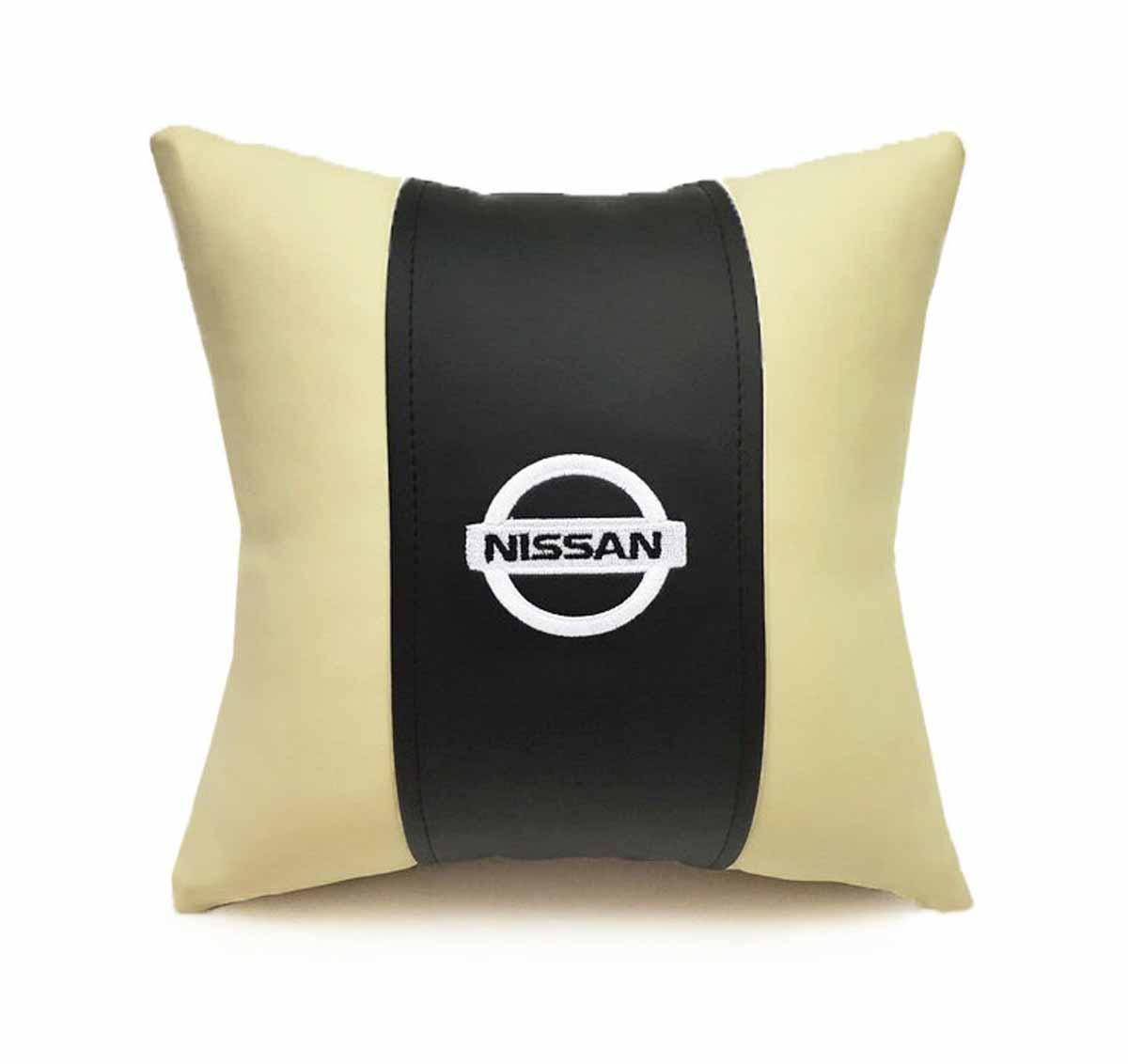 Подушка декоративная Auto Premium Nissan, цвет: черный, бежевый подушка декоративная auto premium я патриот цвет черно бежевый 37257