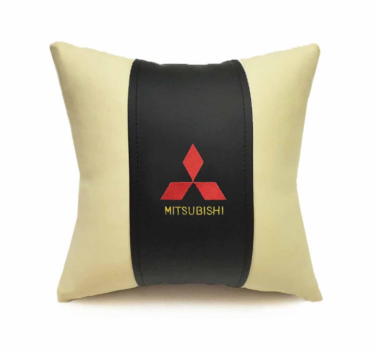 Подушка декоративная Auto premium Mitsubishi, цвет: черный, бежевый подушка декоративная auto premium я патриот цвет черно бежевый 37257