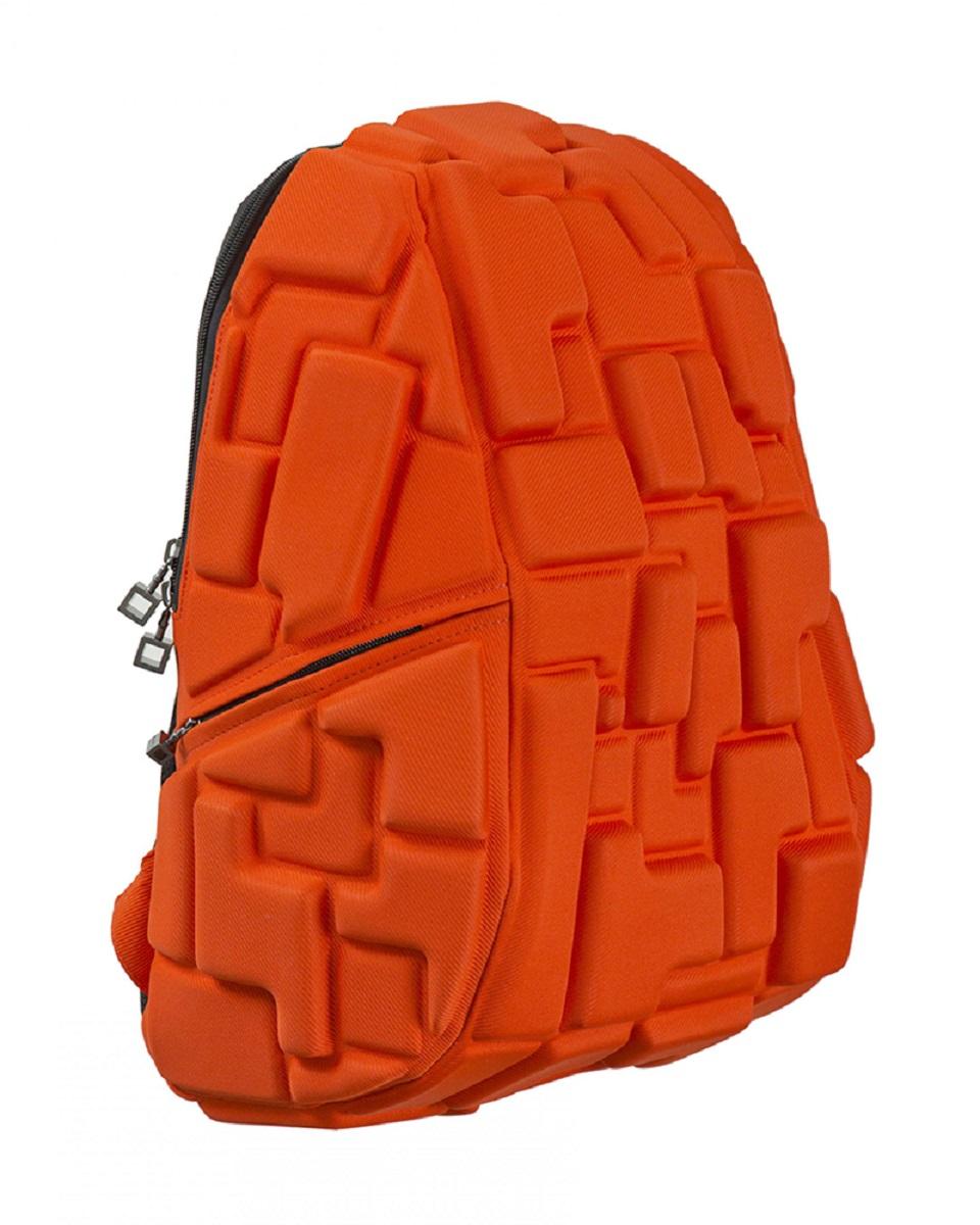 Рюкзак молодежный MadPax Blok Full, цвет: оранжевый, 33 лKZ24484001Стильный и практичный рюкзак MadPax Blok Full уместный в ритме большого города. Основное отделение закрывается на молнию. Внутри изделия есть отделение для ноутбука с максимальным размером диагонали 17 дюймов. По бокам - два дополнительных кармана на молнии. Модель помимо лямки для переноски в руке, мягких и широких регулируемых бретелей снабжена фиксацией на груди. Полностью вентилируемая и ортопедическая спинка создаёт дополнительный комфорт Вашей спине.