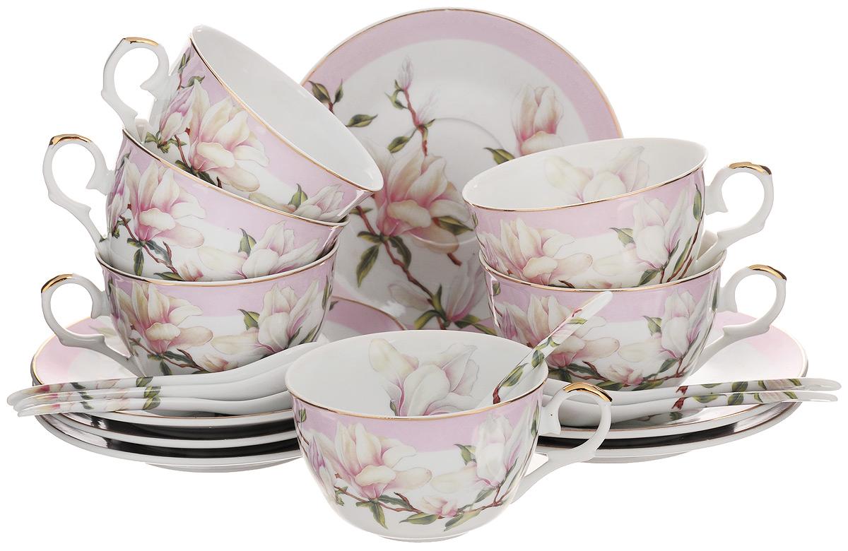 Набор чайный Elan Gallery Орхидея, с ложками, цвет: белый, светло-розовый, 18 предметовVT-1520(SR)Чайный набор Elan Gallery Орхидея состоит из 6 чашек, 6 блюдец и 6 ложек. Изделия,выполненные извысококачественной керамики, имеют элегантныйдизайн и классическую круглую форму.Такой набор прекрасно подойдет как для повседневного использования, так и дляпраздников. Чайный набор Elan Gallery Орхидея - это не только яркий и полезный подарок дляродных иблизких, а также великолепное дизайнерское решение для вашей кухни илистоловой. Не использовать в микроволновой печи.Объем чашки: 250 мл. Диаметр чашки (по верхнему краю): 9,5 см. Высота чашки: 5,5 см.Диаметр блюдца (по верхнему краю): 15 см.Высота блюдца: 1,5 см.Длина ложки: 12,5 см.