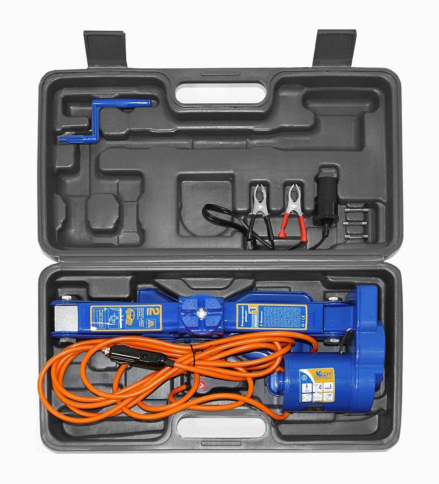 Домкрат электрический Kraft КТ 850000, 2 тКТ 850000Домкрат электрический Kraft КТ 850000 используется в качестве подъемного механизма при обслуживании легковых автомобилей до 2000 кг. Основные функциональные особенности изделия - это высокая устойчивость, вращающаяся площадка, морозостойкость (-45°C). Комплектация: - Электрический домкрат- Пульт дистанционного управления со встроенным фонариком- Электрический кабель для подсоединения к прикуривателю (4,3 метра) - Переходник с зажимами для подключения к аккумулятору- 3 запасных предохранителя- Ручка для механической работы домкрата- Руководство по эксплуатацииТехнические характеристики: Минимальная высота: 120 мм.Максимальная высота: 350 мм.Рабочее напряжение: 12 В.Питание: разъем прикуривателя, автомобильный аккумулятор.