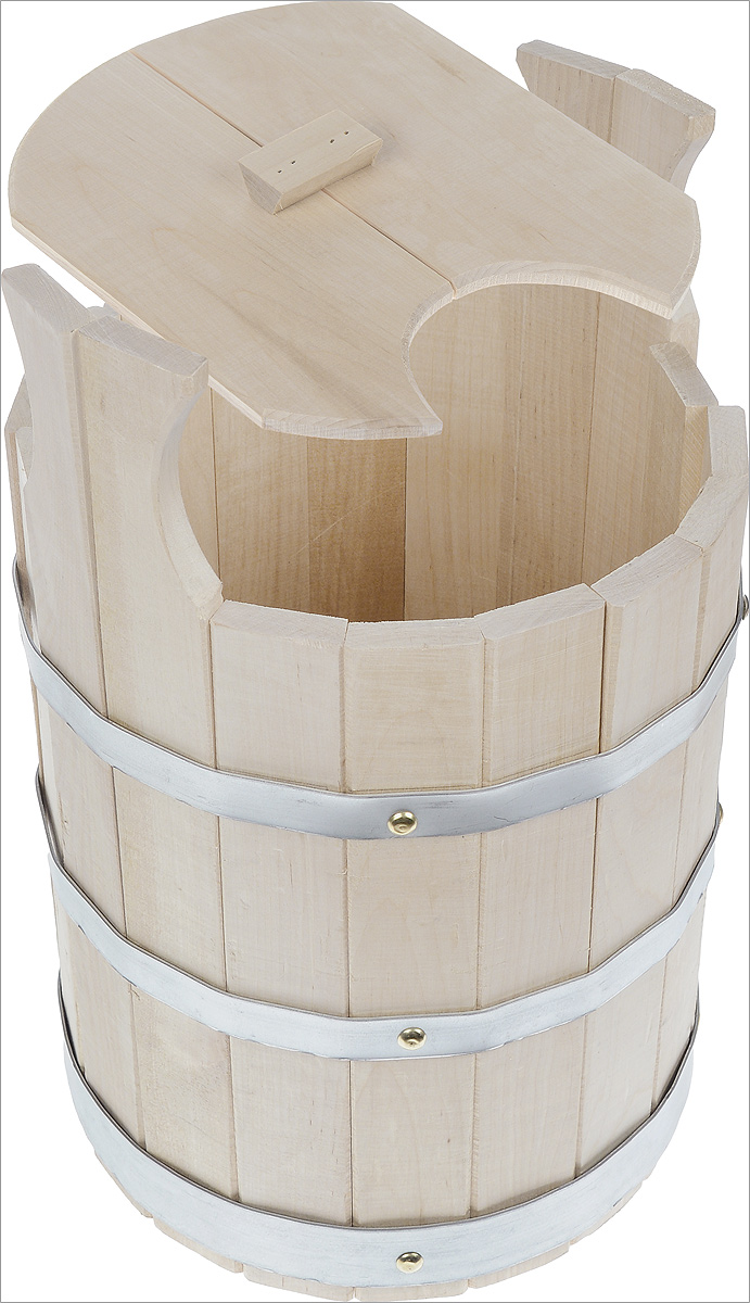 Запарник Proffi Sauna, с крышкой, 11 лPS0014Запарник Proffi Sauna, изготовленный из дерева (береза), доставит вам настоящее удовольствие от банной процедуры. При запаривании веник обретает свою природную силу и сохраняет полезные свойства.Корпус запарника состоит из металлических обручей, стянутых клепками. Для более удобного использования запарник имеет ручки.Эксплуатация бондарных изделий.Перед первым использованием бондарное изделие рекомендуется подготовить. Для этого нужно наполнить изделие холодной водой и оставить наполненным на 2-3 часа. Затем необходимо воду слить, обдать изделие сначала горячей, потом холодной водой. Не рекомендуется оставлять бондарные изделия около нагревательных приборов, а также под длительным воздействием прямых солнечных лучей.С момента начала использования бондарного изделия не рекомендуется оставлять его без воды на срок более 1 недели. Но и продолжительное время хранить в таких изделиях воду тоже не следует.После каждого использования необходимо вымыть и ошпарить изделие кипятком. В качестве моющих средств желательно использовать пищевую соду либо раствор горчичного порошка.Правильное обращение с бондарными изделиями позволит надолго сохранить их эксплуатационные свойства и продлить срок использования! Высота запарника (с учетом ручек): 40 см. Диаметр запарника по верхнему краю: 27,5 см. Объем: 11 л.