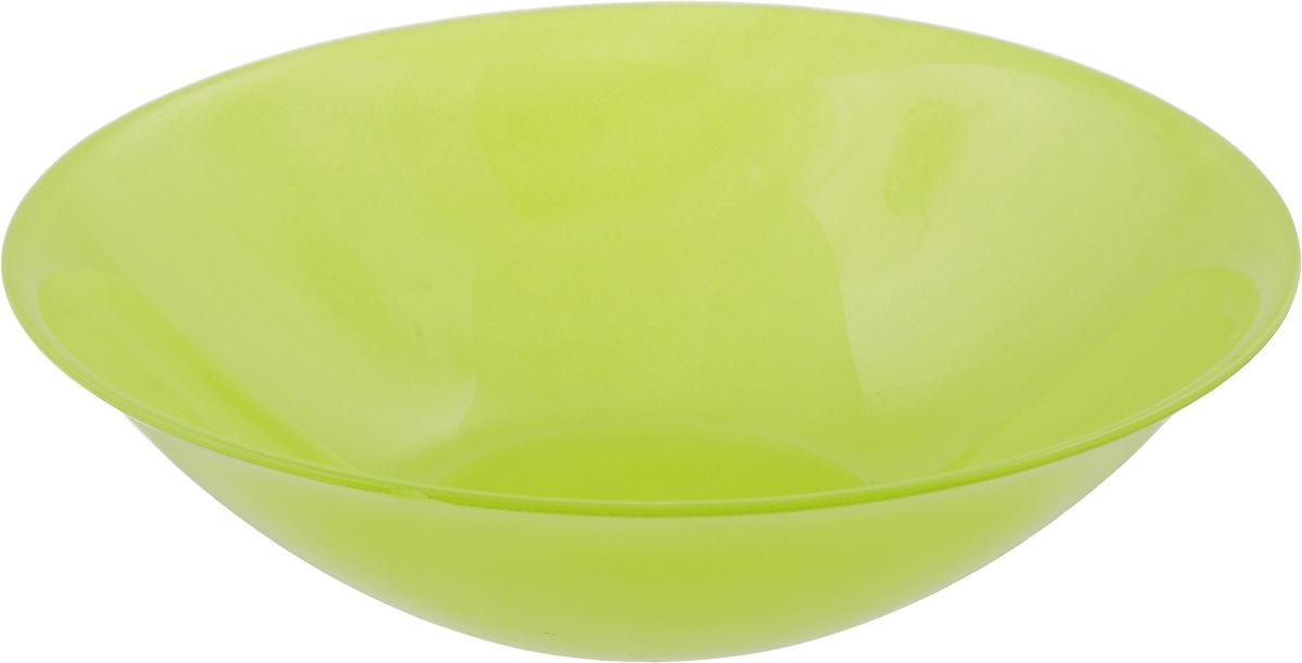 Миска Luminarc Arty Anis, цвет: салатовый, диаметр 16,5 см115510Миска Luminarc Arty Anis, изготовленная из высококачественного стекла, прекрасно впишется в интерьер вашей кухни и станет достойным дополнением к кухонному инвентарю. Миска оформлена в классическом стиле и имеет изысканный внешний вид. Такая миска не только украсит ваш кухонный стол и подчеркнет прекрасный вкус хозяйки, но и станет отличным подарком.Диаметр (по верхнему краю): 16,5 см.Высота стенки: 4,5 см.
