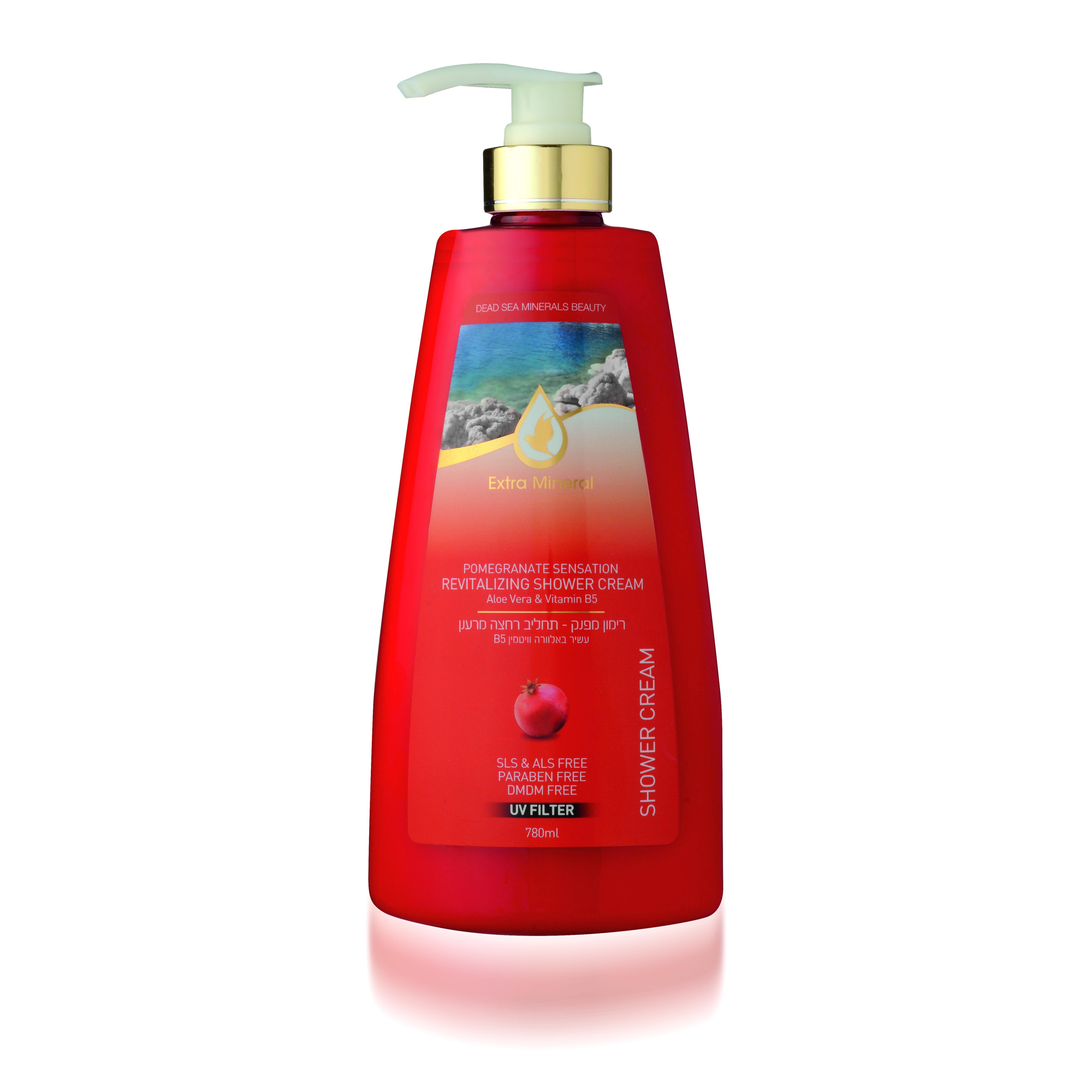 Extra Mineral Восстанавливающий шампунь для поврежденных и окрашенных волос c экстрактом ганата 780 млFS-00897Шампунь Extra Mineral с экстрактом граната восстанавливающий. Содержит экстракт граната, экстракт алоэ вера, витамин B5. Обогащен минералами Мертвого моря. В составе содержит UV-фильтр, который защищает волосы от ультра-фиолетовых лучей, очищает волосы от соли, хлора и песка, восстанавливает баланс кожи головы.Волшебное сочетание компонентов благотворно влияет на волосы и кожу головы, защищает, увлажняет, питает волосы, делая их шелковистыми. Шампунь имеет явно выраженный восстановительный эффект. Нежная легкая пена дает ощущение свежести. Вы сразу почувствуете, как волосы начинают дышать, а изысканный тонкий и легкий аромат Папайя не оставит вас равнодушным, что даст заряд бодрости и хорошего настроения на целый день! Благодаря активному действию минералов Мертвого моря волосы насыщаются необходимыми минералами и оздоравливаеются, улучшается их внешний вид; улучшается клеточный метаболизм кожи головы и лица, стимулируется синтез белка, повышается регенерация клеток. Минералы обладают сильными антиаллергенными свойствами и являются мощными антиоксидантами; повышается микроциркуляция крови, улучшается состояние кожи и подкожной клетчатки, волосы увлажняются и питаются, а кожа лица и головы омолаживается; оптимизируется оптимальный уровень Ph волос и кожи. Минералы Мертвого моря оказывают защитное действие от УФ-лучей. Рекомендовано для всех типов волос.