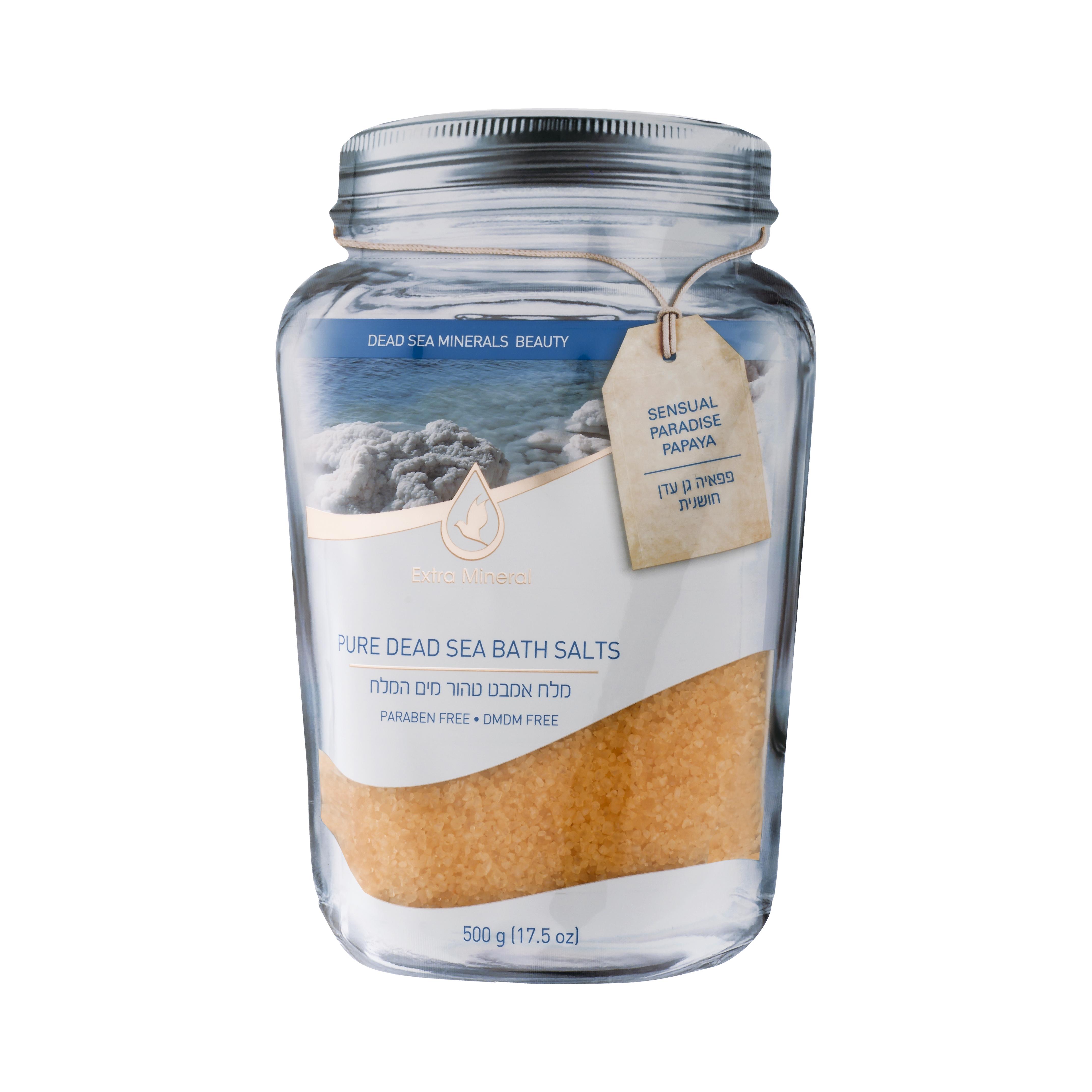 Extra Mineral Натуральная соль мертвого моря для ванн - чувственное с папайей 500 млFS-00897Соль Мертвого моря Extra Mineral. Чувственная райская папайя. 100% соль Мертвого моря, обогащенная минералами Мертвого моря с легким ароматом папайи - уникальный фруктовый аромат, мягкий и глубокий, чувственный и томный, неотразимо красочный, ласкающий, чудесный, экзотический, притягательный и невероятный пробудит желание и подарит истинное наслаждение. Соль Мертвого моря благотворно влияет на кожу и организм в целом, питая кожу минералами Мертвого моря, снимая напряжение в мышцах, органах, расслабляя и погружая в томную негу. Позвольте себе испытать ощущение полного расслабления на волшебном берегу Мертвого моря. Уникальная упаковка позволяет открывать и закрывать тубу многократно, сохраняя полезные свойства и аромат соли Мертвого моря Extra Mineral.
