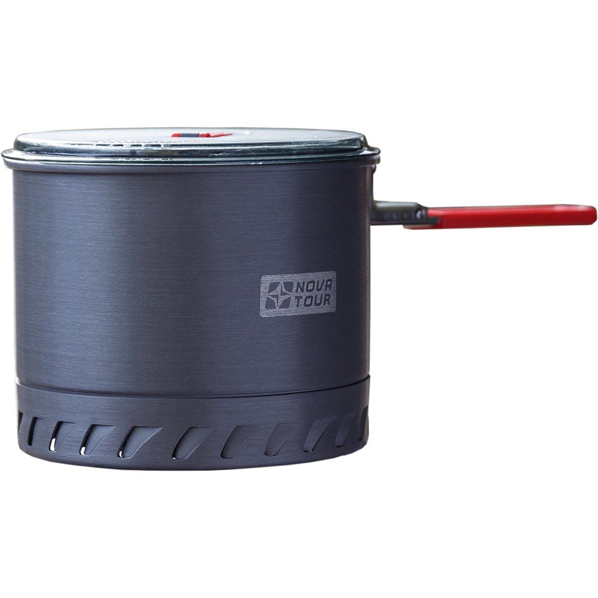 Кастрюля NOVA TOUR Инферно 1,4л, цвет: металлик, красный, 0,4л95806-000-00Удобная кастрюля объемом 1,4л с радиаторным кольцом на дне, которое позволяет экономить до 50% топлива и уменьшить время приготовления пищи. Наличие складной ручки добавляет удобства при использовании, и не увеличивает объем занимаемый кастрюлей при траспортировки.Неопреновая вставка сохраняет тепло и добавляет удобства в эксплуатации.; Назначение и устройство Посуда для горелокМатериал Анодированный алюминийВес (кг) 0,32Вместимость (л.) 1,4