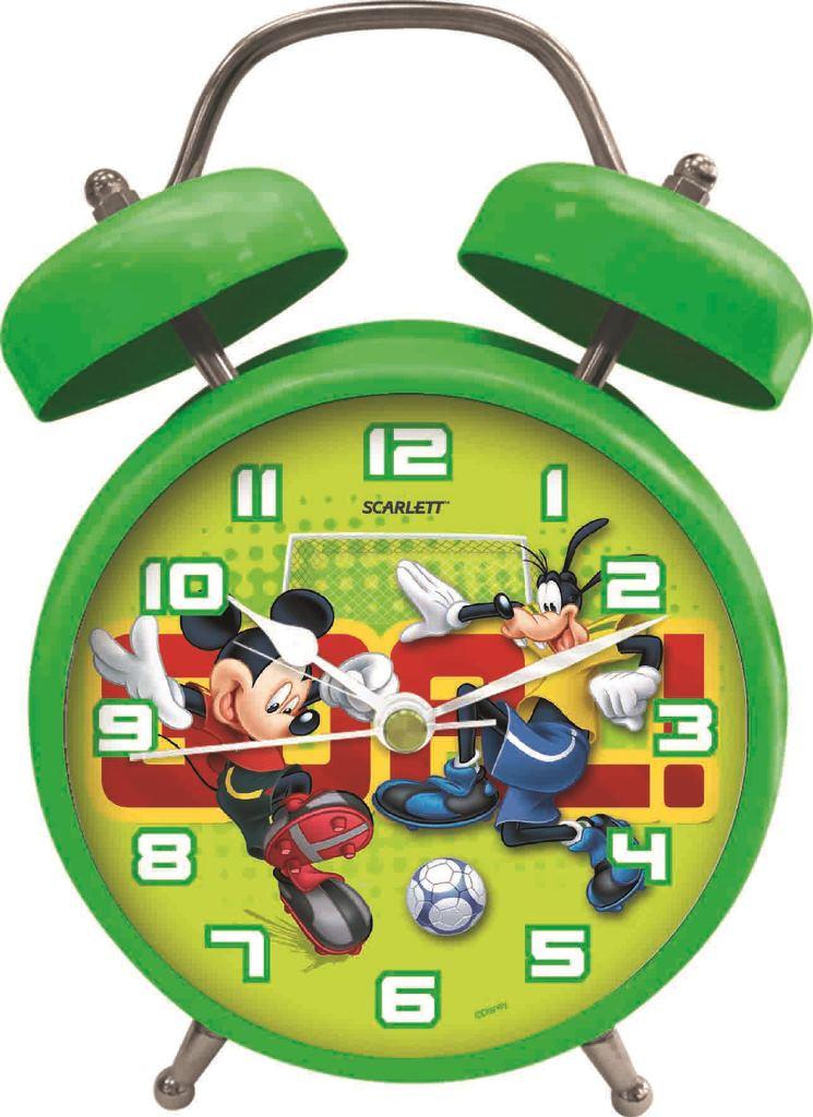 """Будильник """"Scarlett"""" с надежным кварцевым механизмом - это не только функциональное устройство, но и оригинальный элемент декора, который великолепно впишется в интерьер детской комнаты. Он снабжен четырьмя стрелками: часовой, минутной, секундной и стрелкой завода. Круглый циферблат оформлен изображением Микки Мауса и Гуфи, играющих в футбол. Сверху будильника располагается имитация механического звонка. Звук будильника - кукареканье петуха. Сигнал будильника работает до его отключения. Отличительной особенностью этого будильника является то, что он обладает плавным, бесшумным ходом. Будильник работает от 1 батарейки типа АА напряжением 1,5 В (батарейка в комплект не входит). Будильник """"Scarlett"""" - это надежность, качество и изящность стиля во все времена."""