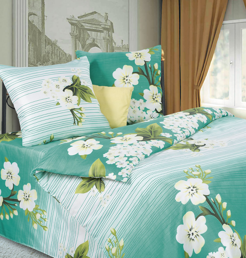 Комплект белья P&W Яблоневый цвет, 1,5-спальный, наволочки 69х69, цвет: белый, зеленыйPW-61-143-145-69Комплект постельного белья P&W Яблоневый цвет выполнен из микрофибры. Комплект состоит из пододеяльника, простыни и двух наволочек. Постельное белье оформлено изысканным рисунком.Ткань приятная на ощупь, мягкая и нежная, при этом она прочная и хорошо сохраняет форму, легко гладится. Ткань микрофибра - новая технология в производстве постельного белья. Тонкие волокна, используемые в ткани, производят путем переработки полиамида и полиэстера. Такая нить не впитывает влагу, как хлопок, а пропускает ее через себя, и влага быстро испаряется. Изделие не деформируется и хорошо держит форму. Благодаря такому комплекту постельного белья, вы сможете создать атмосферу роскоши и романтики в вашей спальне.
