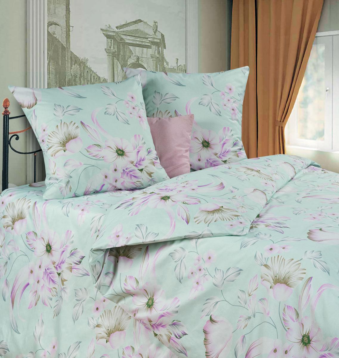 Комплект белья P&W Букет лилий, 2-спальный, наволочки 69x69, цвет: сиреневый, розовый, мятныйFA-5125 WhiteКомплект постельного белья P&W Букет лилий выполнен из микрофибры. Комплект состоит из пододеяльника, простыни и двух наволочек. Постельное белье оформлено изысканным рисунком.Ткань приятная на ощупь, мягкая и нежная, при этом она прочная и хорошо сохраняет форму, легко гладится. Ткань микрофибра - новая технология в производстве постельного белья. Тонкие волокна, используемые в ткани, производят путем переработки полиамида и полиэстера. Такая нить не впитывает влагу, как хлопок, а пропускает ее через себя, и влага быстро испаряется. Изделие не деформируется и хорошо держит форму. Благодаря такому комплекту постельного белья, вы сможете создать атмосферу роскоши и романтики в вашей спальне.