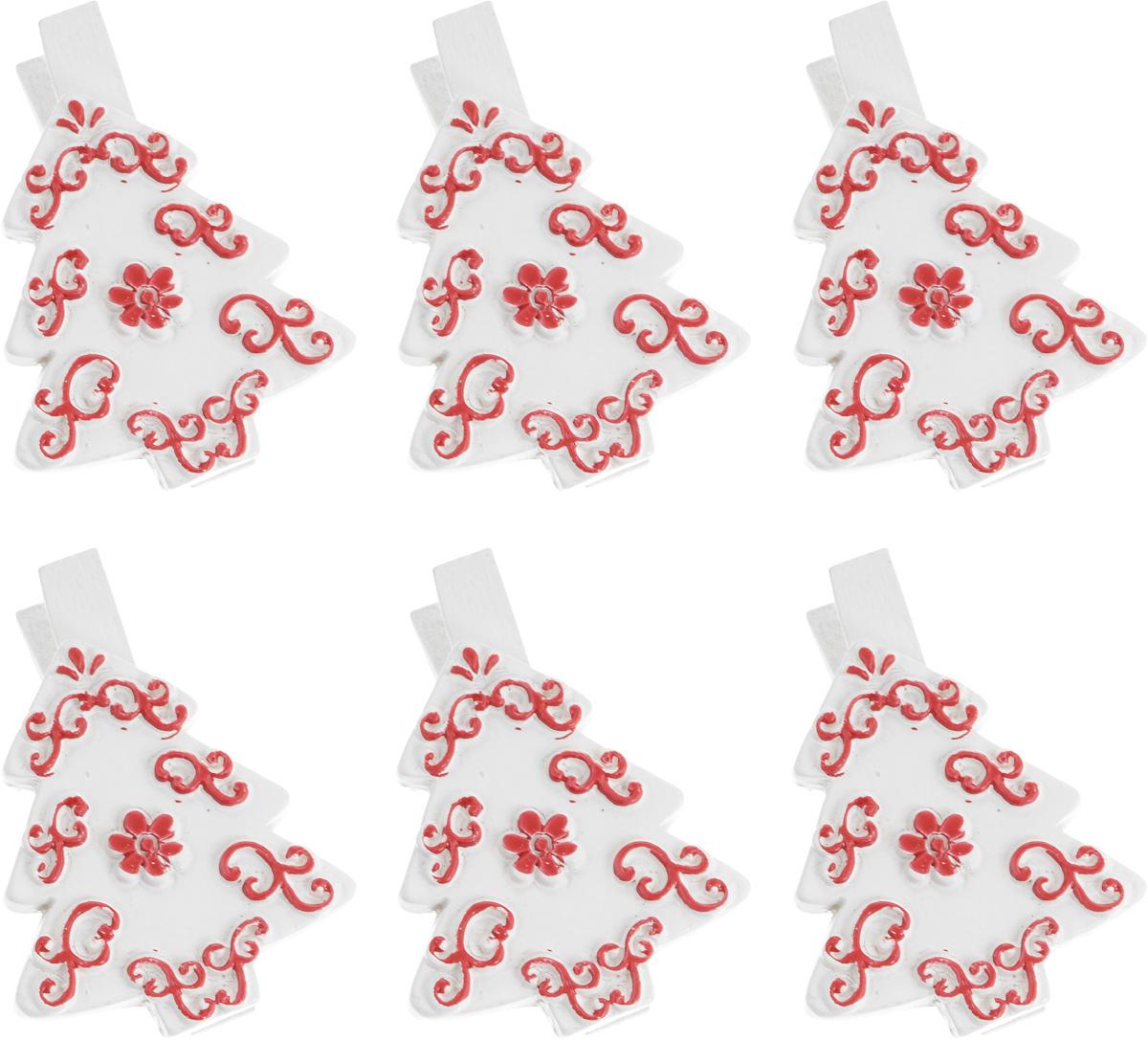 Набор новогодних декоративных украшений Lunten Ranta Елка, на прищепке, цвет: белый, 6 штC0038550Набор Lunten Ranta Елка состоит из 6 декоративных украшений - прищепок, изготовленных из полирезины и дерева. Изделия станут прекрасным дополнением к оформлению вашего новогоднего интерьера. Они используются для развешивания стикеров на веревке, маленьких игрушек и многого другого. Оригинальность и веселые цвета прищепок будут радовать глаз и поднимут настроение. Длина прищепки: 5 см. Размер декоративного элемента прищепки: 3,5 х 4 см.