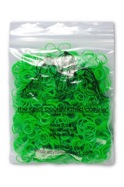 Резинки Lainee, для собак, цвет: зеленый, 200 шт3356Резинки Lainee используются для формирования топ-кнотов у собак с особо густой плотностью шерсти. Резинки одноразовые, срезаются ножницами. В упаковке 200 шт.