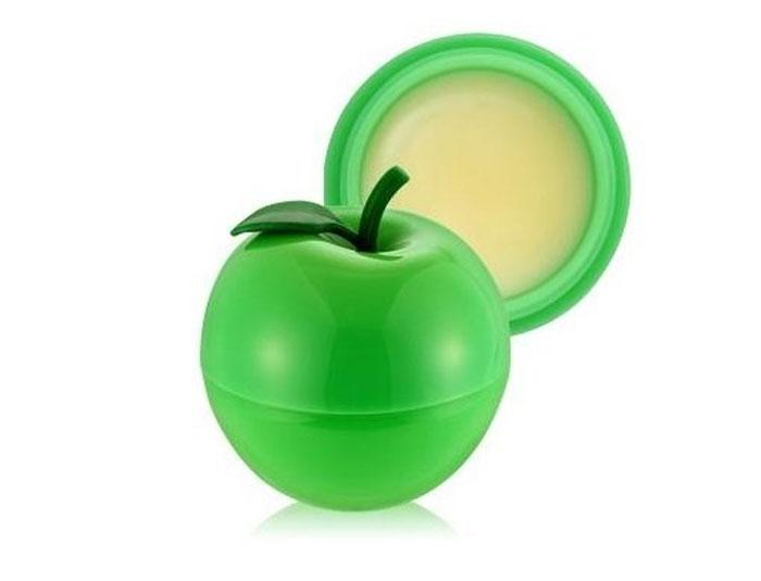 TonyMoly Бальзам для губ MINI GREEN APPLE LIP BALM, 7 мл28032022Бальзам для губ в оригинальной упаковке в виде зеленого яблока, питает, дает губам необходимую влагу. Экстракт яблока богат витаминами и пектином, содержит другие полезные микроэлементы. Оптимальное увлажнение предохраняет губы от пересыхания, предупреждает шелушение. Mini Green Apple Lip Balm: -разглаживает губы, делает их более гладкими и мягкими; -увеличивает объем; -дает чувственную припухлость; -возвращает естественный сочный оттенок. Экстракт яблока и витамины, которые он содержит, способствуют обновлению кожи губ, росту новых клеток, деликатному отшелушиванию ороговевших мертвых клеток. Бальзам корейской компании Tony Moly, заполняя собой трещинки, визуально выравнивает кожу губ, ровно ложится, полностью впитывается, не стирается в течение длительного времени, при нанесении не течет, имеет SPF15 /PA++, обеспечивает оптимальную защиту от солнечного ультрафиолета. Марка Tony Moly чаще всего размещает на упаковке (внизу или наверху на спайке двух сторон упаковки, на дне банки, на тубе сбоку) дату изготовления в формате: год/месяц/дата.