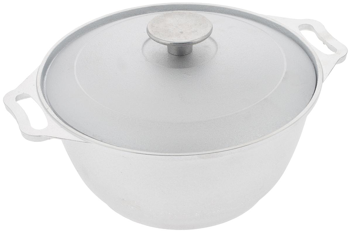 Кастрюля Биол с крышкой, цвет: серебристый, 2,5 л68/5/2Кастрюля Биол, выполненная из высококачественного литого алюминия, оснащена крышкой. Изделие имеет утолщенное дно. Посуда равномерно распределяет тепло и обладает высокой устойчивостью к деформации, легкая и практичная в эксплуатации, обладает долгим сроком службы. Подходит для использования на электрических, газовых и стеклокерамических плитах. Не подходит для индукционных плит. Диаметр кастрюли: 22 см. Высота стенки кастрюли: 10,6 см. Ширина кастрюли (с учетом ручек): 28 см.