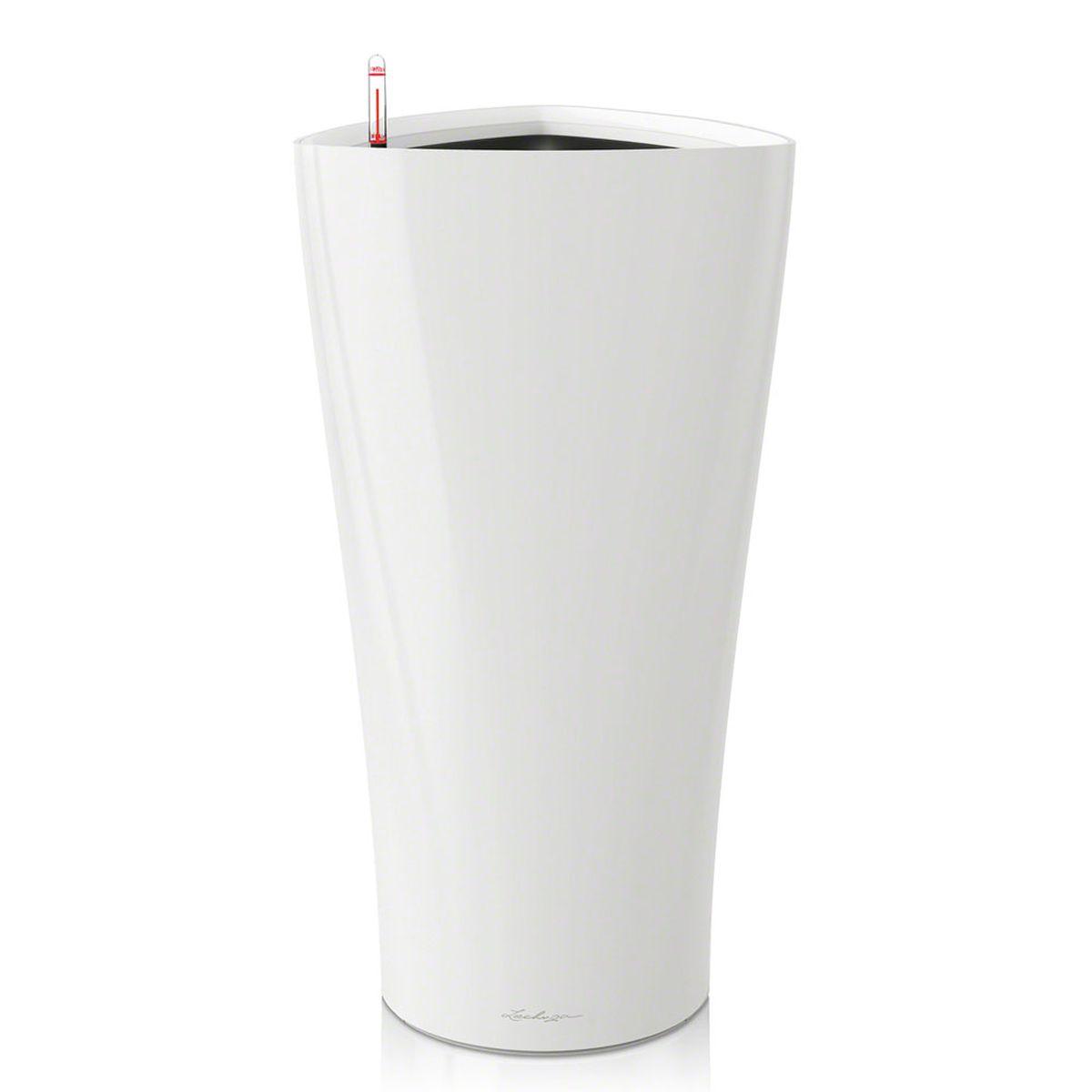 Кашпо Lechuza Delta, с системой автополива, цвет: белый, 40 х 40 х 75 смZ-0307Кашпо Lechuza Delta, выполненное из высококачественного пластика, имеет уникальную систему автополива, благодаря которой корневая система растения непрерывно снабжается влагой из резервуара. Уровень воды в резервуаре контролируется с помощью специального индикатора. В зависимости от размера кашпо и растения воды хватает на 2-12 недель. Это способствует хорошему росту цветов и предотвращает переувлажнение.В набор входит: кашпо, внутренний горшок, индикатор уровня воды, резервуар для воды. Внутренний горшок, оснащенный выдвижными ручками, обеспечивает:- легкую переноску даже высоких растений;- легкую смену растений;- можно также просто убрать растения на зиму;- винт в днище позволяет стечь излишней дождевой воде наружу.Кашпо Lechuza Delta прекрасно впишется в интерьер больших холлов, террас ресторанов и уютных гостиных. Изделие поможет расставить нужные акценты и придаст помещению вид, соответствующий вашим представлениям.