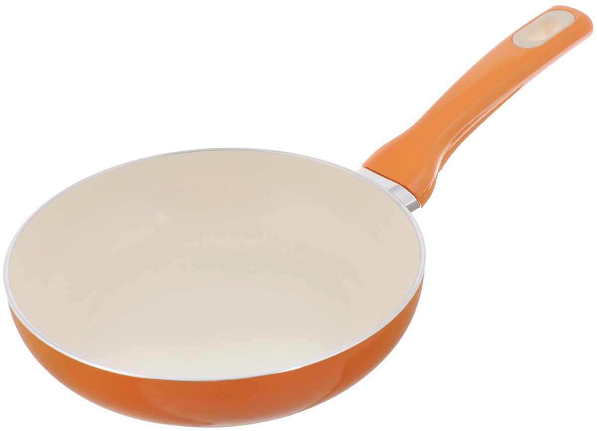 Сковорода Tescoma Fusion, с керамическим покрытием, цвет: оранжевый. Диаметр 20 см54 009312Сковорода Tescoma Fusion изготовлена из нержавеющей стали с высококачественным антипригарным керамическим покрытием. Керамика не содержит вредных примесей ПФОК, что способствует здоровому и экологичному приготовлению пищи. Кроме того, с таким покрытием пища не пригорает и не прилипает к стенкам, поэтому можно готовить с минимальным добавлением масла и жиров. Гладкая, идеально ровная поверхность сковороды легко чистится, ее можно мыть в воде руками или вытирать полотенцем. Эргономичная ручка специального дизайна выполнена из цветного пластика, удобна в эксплуатации. Можно мыть в посудомоечной машине.Сковорода подходит для использования на газовых, электрических, стеклокерамических и индукционных плитах.Диаметр: 20 см.Высота стенки: 5 см.Длина ручки: 16 см.