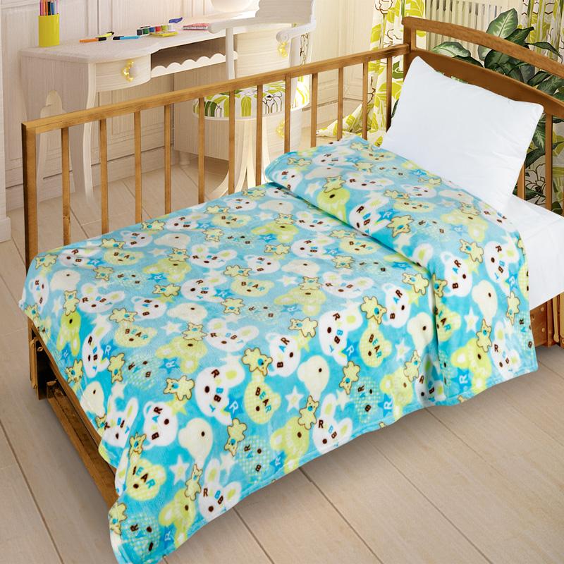 Letto Плед детский Велсофт-бэби цвет голубой63202Нежнейший плед в детскую кроватку выполнен из современного материала Велсофт - ткань напоминает на ощупь плюшевую игрушку. Материал гипоаллергенен, плед легкий и в то же время теплый. Приятна расцветка пледа создаст в детской комнате уют и приятную атмосферу.
