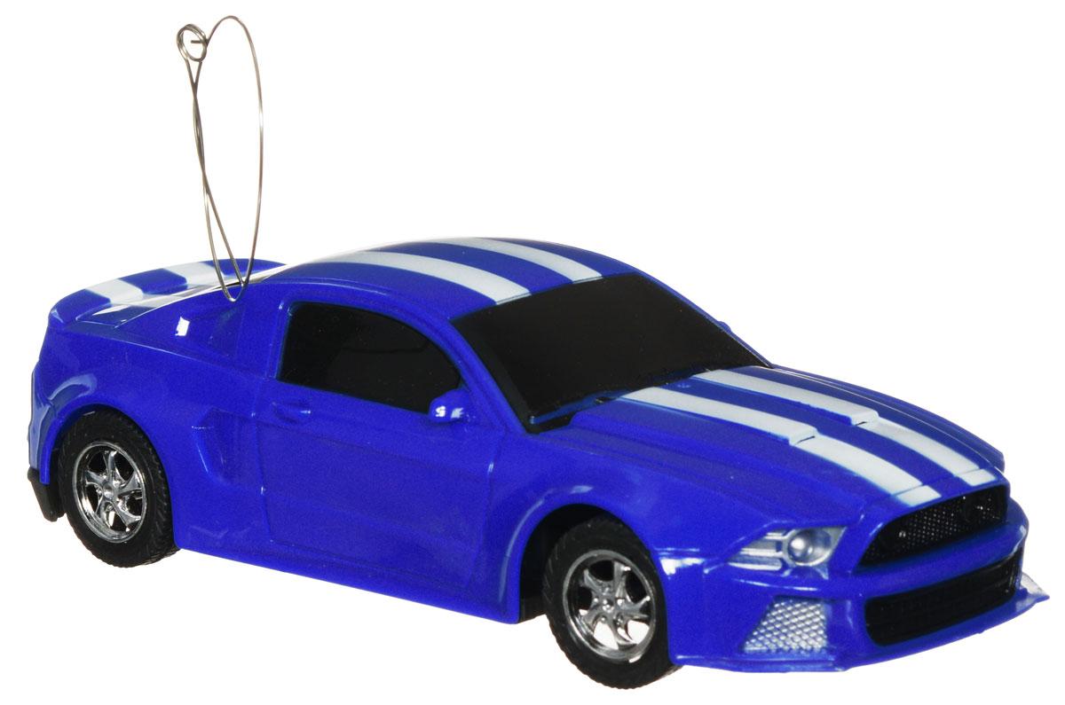 """Машина на радиоуправлении Plastic Toy """"Powered"""" изготовлена из пластика с металлическими элементами. Колеса игрушки прорезинены и обеспечивают плавный ход, машинка не портит напольное покрытие. Юные гонщики оценят эту машину за прекрасные технические характеристики и свободу передвижений. Моделью легко управлять и любая гонка принесет удовольствие. Управление машинкой происходит с помощью удобного пульта. Радиоуправляемые игрушки способствуют развитию координации движений, моторики и ловкости. Ваш ребенок часами будет играть с моделью, придумывая различные истории и устраивая соревнования. Машина работает от 3 батареек типа АА (не входят в комплект). Для работы пульта управления необходимы 2 батарейки типа AA (не входит в комплект)."""