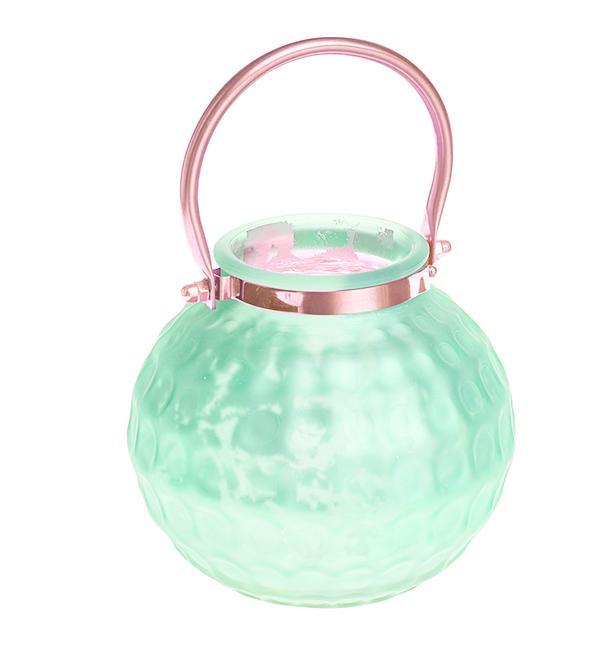 Подсвечник подвесной Gardman Honey Pot. Medium, цвет: светло-зеленый, 13 см74-0060Декоративный подсвечник Gardman Honey Pot. Medium изготовлен из высококачественного стекла с металлической фольгой внутри. Он позволит украсить интерьер дома или рабочего кабинета оригинальным образом. Вы можете поставить или подвесить подсвечник в любом месте, где он будет удачно смотреться и радовать глаз. Кроме того - это отличный вариант подарка для ваших близких и друзей.