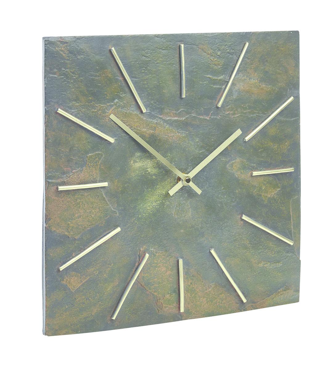 Часы Gardman Arabian Dia54 009312Часы выполнены из полистоуна (искусственный камень). Работают от одной батарейки типа АА (в комплект не входит).Часы можно использовать как дома, так и на улице (не боятся влаги).