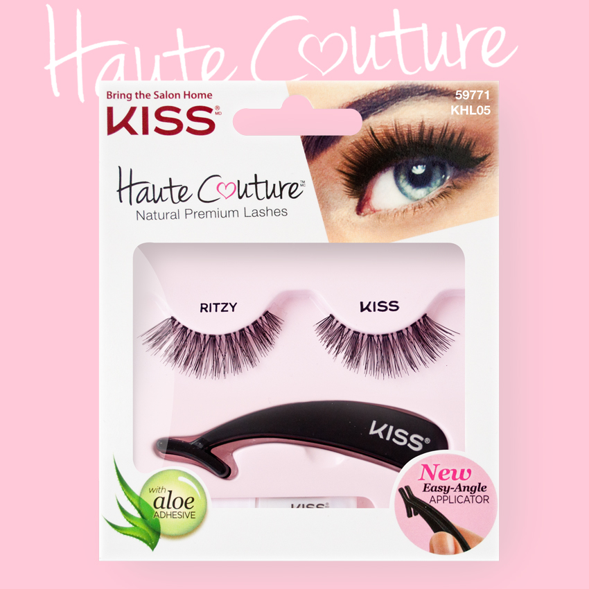Kiss Haute Couture Накладные ресницы Single Lashes Ritzy KHL05GT12-015Накладные ресницы Kiss Haute Couture Ritzy (KHL05) увеличат объем и длину ваших ресниц. Особая форма ресниц предусматривает удлинение ресниц у внешнего уголка глаза, что придает взгляду особый шарм и томность. Изготовлены вручную из натурального волоса, отличаются великолепным качеством и мягкостью, комфортны для глаз. Изогнутая форма пинцета удобна для крепления ресниц. Клей с содержанием алоэ обеспечивает гипоаллергенность. Протестировано и одобрено дерматологами. Можно использовать несколько раз. Снятие ресниц не требует дополнительных средств: просто приложите ватный диск с теплой водой и снимите ресницы.Состав набора: пара накладных ресниц, пинцет, клей.