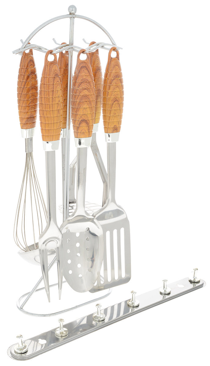 Набор кухонных принадлежностей Mayer & Boch, 8 предметов. 3446115510Набор Mayer & Boch состоит из картофелемялки, венчика, шумовки, вилки, половника, лопатки с прорезями, подставки и настенного крепления. Приборы изготовлены из высококачественной стали 18/10. Приборы не окисляются со временем и не портят вкус ваших кулинарных шедевров. Рукоятки выполнены из термопластика под дерево, рельеф и эргономичная форма обеспечивают надежный хват. Данный набор придаст вашей кухне элегантность, подчеркнет индивидуальный дизайн и превратит приготовление еды в настоящее удовольствие.Этот профессиональный набор очень удобен в использовании и имеет стильную подставку, которая позволяет хранить приборы в одном месте. В наборе также имеется настенное крепление с 6 крючками. Длина приборов: 24-34 см. Размер подставки: 14,5 х 7,5 х 40 см. Размер настенного крепления: 33 х 2,5 х 3,5 см.