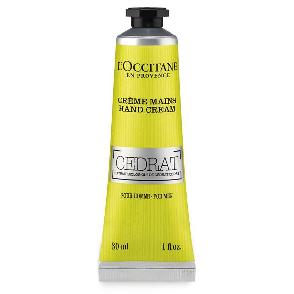 LOccitane Крем для рук Cedrat для мужчин, 30 мл0523019984Жара, холод, агрессивное воздействие окружающей среды… Все эти факторы неблагоприятно влияют на состояние кожи рук. Поэтому L'Occitane добавил в состав своего крема немного цитрона, чтобы обеспечить рукам увлажнение, питание и защиту.