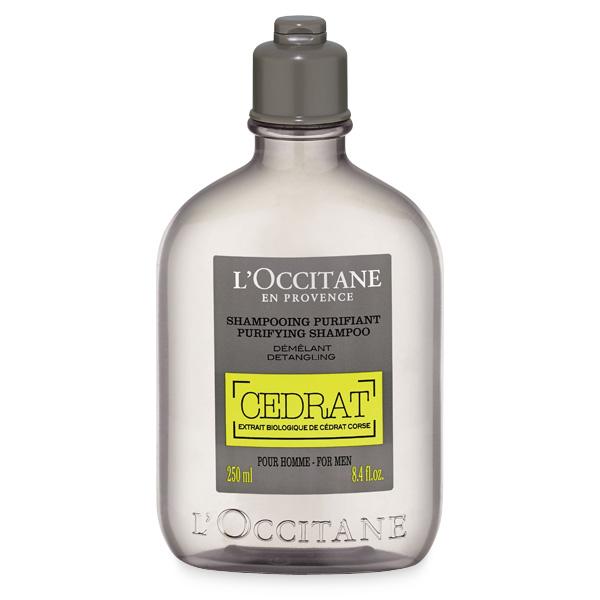 LOccitane Шампунь Cedrat для мужчин, 250 млSatin Hair 7 BR730MNШампунь содержит экстракт корсиканского цитрона, обладающего тонизирующими свойствами, и эфирное масло розмарина, которое дарит глубокое очищение. Восстанавливает естественный баланс кожи головы, избавляя от неприятных ощущений.Подходит для всех типов волос. Возвращает волосам шелковистость и здоровый блеск, облегчает расчёсывание.