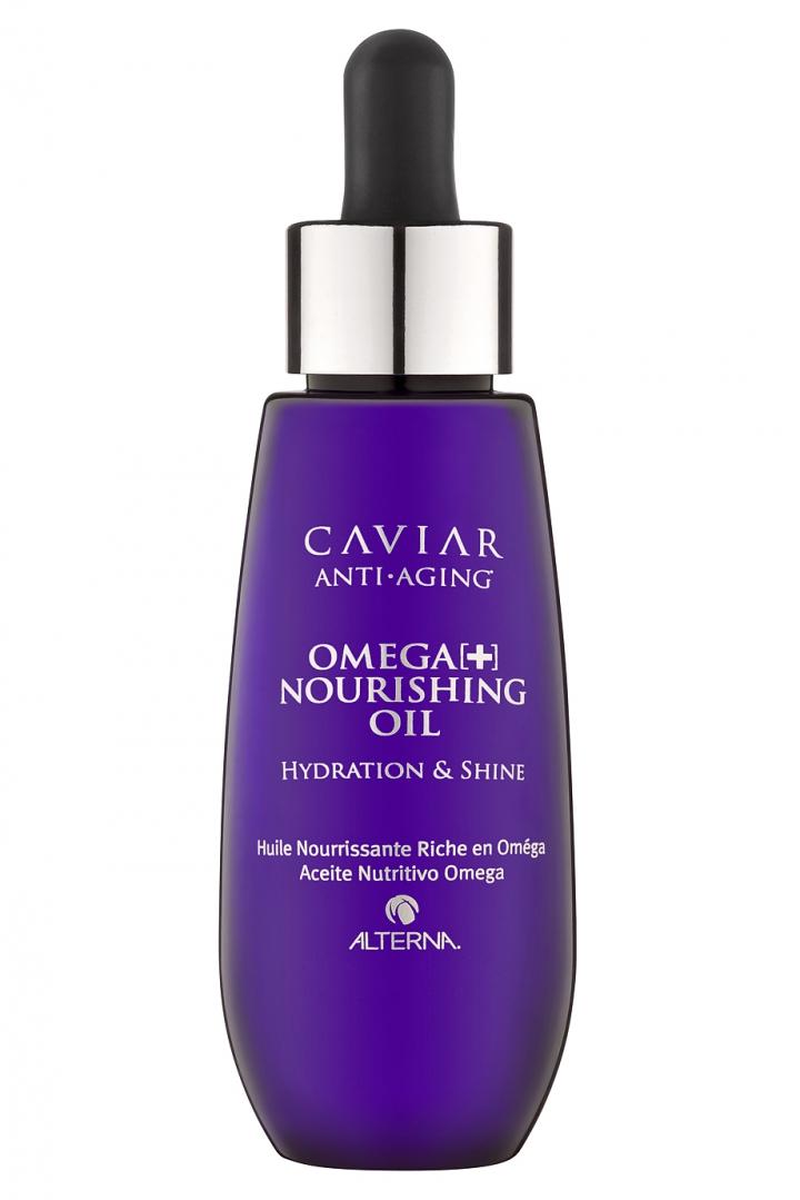 Alterna Масло для волос Интенсивное питание Омега+ Caviar Anti-Aging Omega+ Nourishing Oil - 50 млSatin Hair 7 BR730MNИнтенсивное питательное масло для волос любого типа, на которых уже заметны первые признаки старения – потеря блеска, ломкость, невозможность расчесать. Высококонцентрированные Омега-3 и С22 жирные кислоты устраняют ломкость и сухость волос, укрепляют и питают их на молекулярном уровне. Благодаря запечатыванию кутикул волосы приобретают здоровый блеск, гладкость и шелковистость. Несмотря на весьма плотную текстуру, масло моментально впитывается, не оставляя жирных следов и не оставляя ощущения тяжести. В то же время его формула достаточно насыщена для того, чтобы восстановить даже самые густые пористые волосы.