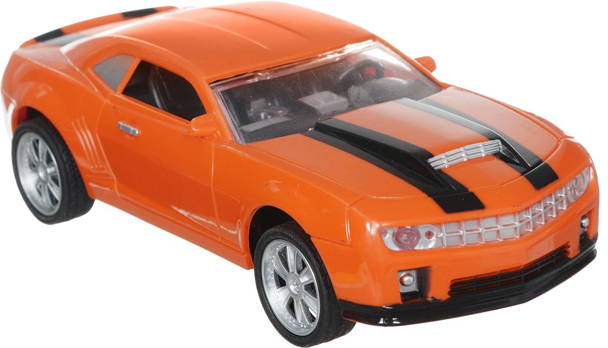 """Машина на радиоуправлении Plastic Toy """"Champion"""" выглядит совсем как настоящая. Юные автогонщики оценят эту машину за прекрасные технические характеристики и полную свободу передвижений в любую сторону. Моделью легко управлять и любая гонка принесет удовольствие. Управление машинкой происходит с помощью удобного пульта. Автомобиль двигается вперед и назад, поворачивает направо и налево. Автомобиль изготовлен из пластика с металлическими элементами. Колеса игрушки прорезинены и обеспечивают плавный ход, машинка не портит напольное покрытие. Пульт управления работает на частоте 27 MHz. Радиоуправляемые игрушки способствуют развитию координации движений, моторики и ловкости. Ваш ребенок часами будет играть с моделью, придумывая различные истории и устраивая соревнования. Машина работает от 3 батареек типа АА (входят в комплект). Для работы пульта управления необходимы 2 батарейки типа AA (не входит в комплект)."""