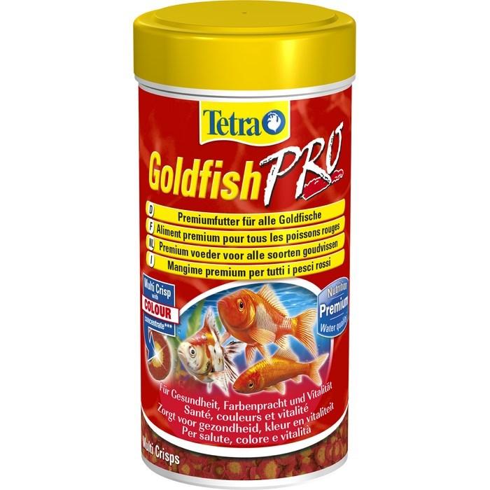 Корм для золотых рыбок Tetra Goldfish Pro, в виде чипсов, 100 мл (20 г)0120710Корм для золотых рыбок Tetra Goldfish Pro - это высококачественный сбалансированный питательный корм для всех видов золотых рыбок, а также других видов холодноводных рыб. Корм обладает высокой пищевой ценностью, благодаря низкотемпературной технологии изготовления. Запатентованная БиоАктив-формула стимулирует здоровое состояние иммунной системы и обеспечивает высокую продолжительность жизни. Оптимизированный коэффициент соотношения протеинов и жиров обеспечивает лучшее усвоение питательных веществ и гарантирует улучшение пищеварительного процесса. Это, в свою очередь, понижает уровень загрязнения воды и уменьшает рост водорослей. Новая формула универсальных чипсов:- желтая середина содержит криль для усиления естественной окраски и поддержания мышечного развития;- в красном ободке содержатся питательные элементы;- жирные кислоты омега-3 обеспечивают здоровый рост;- содержит креветки для улучшения вкуса.Кормите не менее двух-трех раз в день. Давайте столько, сколько рыба может съесть за несколько минут. Товар сертифицирован.