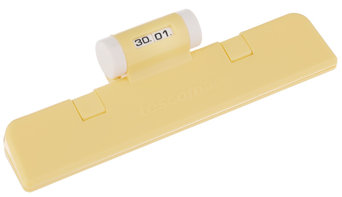 Клипса для пакетов Tescoma 4Food, с механическим индикатором, цвет: желтый, длина 15 смVT-1520(SR)Клипса Tescoma 4Food, выполненная из пластика, отлично подходит для закрывания пакетов. Изделие оснащено механическим индикатором, благодаря которому вы можете установить дату (день и месяц) и всегда быть уверенным в сроке годности продуктов. Клипса Tescoma 4Food надолго сохранит вкус и свежесть продуктов. Можно использовать вхолодильнике. Нельзя мыть в посудомоечной машине. Длина рабочей поверхности: 15 см.