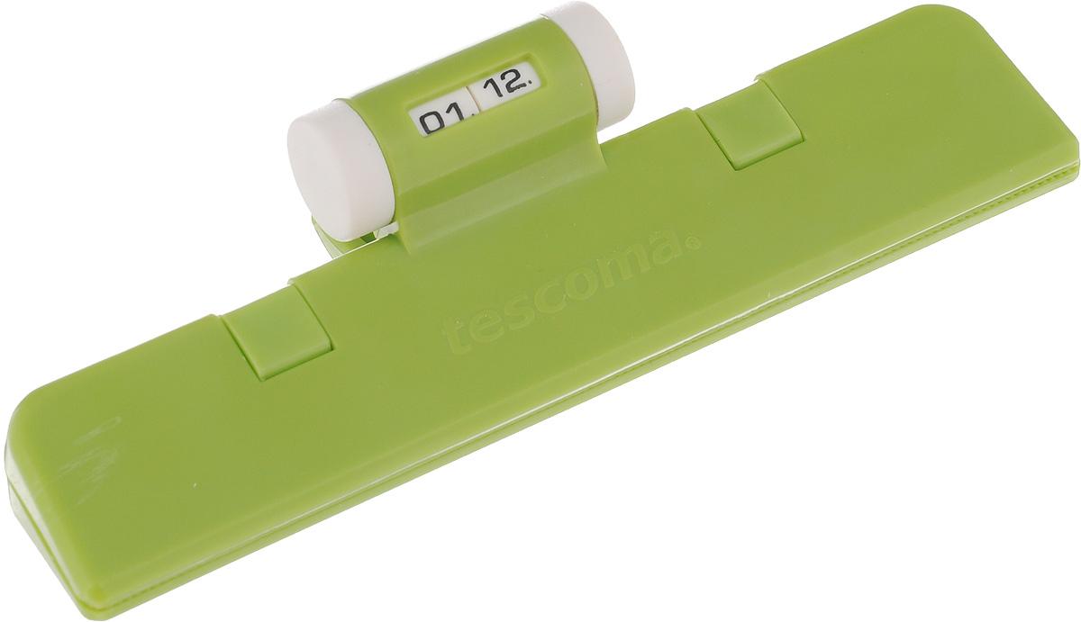 Клипса для пакетов Tescoma 4Food, с механическим индикатором, цвет: салатовый, длина 15 см21395599Клипса Tescoma 4Food, выполненная из пластика, отлично подходит для закрывания пакетов. Изделие оснащено механическим индикатором, благодаря которому вы можете установить дату (день и месяц) и всегда быть уверенным в сроке годности продуктов. Клипса Tescoma 4Food надолго сохранит вкус и свежесть продуктов. Можно использовать вхолодильнике. Нельзя мыть в посудомоечной машине. Длина рабочей поверхности: 15 см.