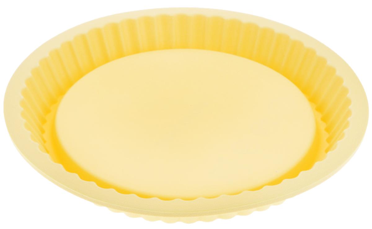 Форма для выпечки Tescoma Delicia Silicone, круглая, цвет: желтый, диаметр 27 см629252Форма для выпечки Tescoma Delicia Silicone выполнена из высококачественного пищевого силикона, который выдерживает температуру от -40°С до +230°С. Изделие отлично подходит для приготовления бисквитов, пирогов, сладких и соленых блюд. Выпечка в такой форме не пригорает, не пристает и легко извлекается из формы. Форма не впитывает запахи, легко моется и абсолютно безопасна с точки зрения гигиены. Имеет волнистые края, что делает выпечку невероятно аппетитной. Форма подходит для использования в микроволновых, газовых и электрических печах, морозильных камерах. Можно мыть в посудомоечной машине. Внутренний диаметр формы: 24 см. Внешний диаметр формы: 27 см. Высота: 3,5 см.