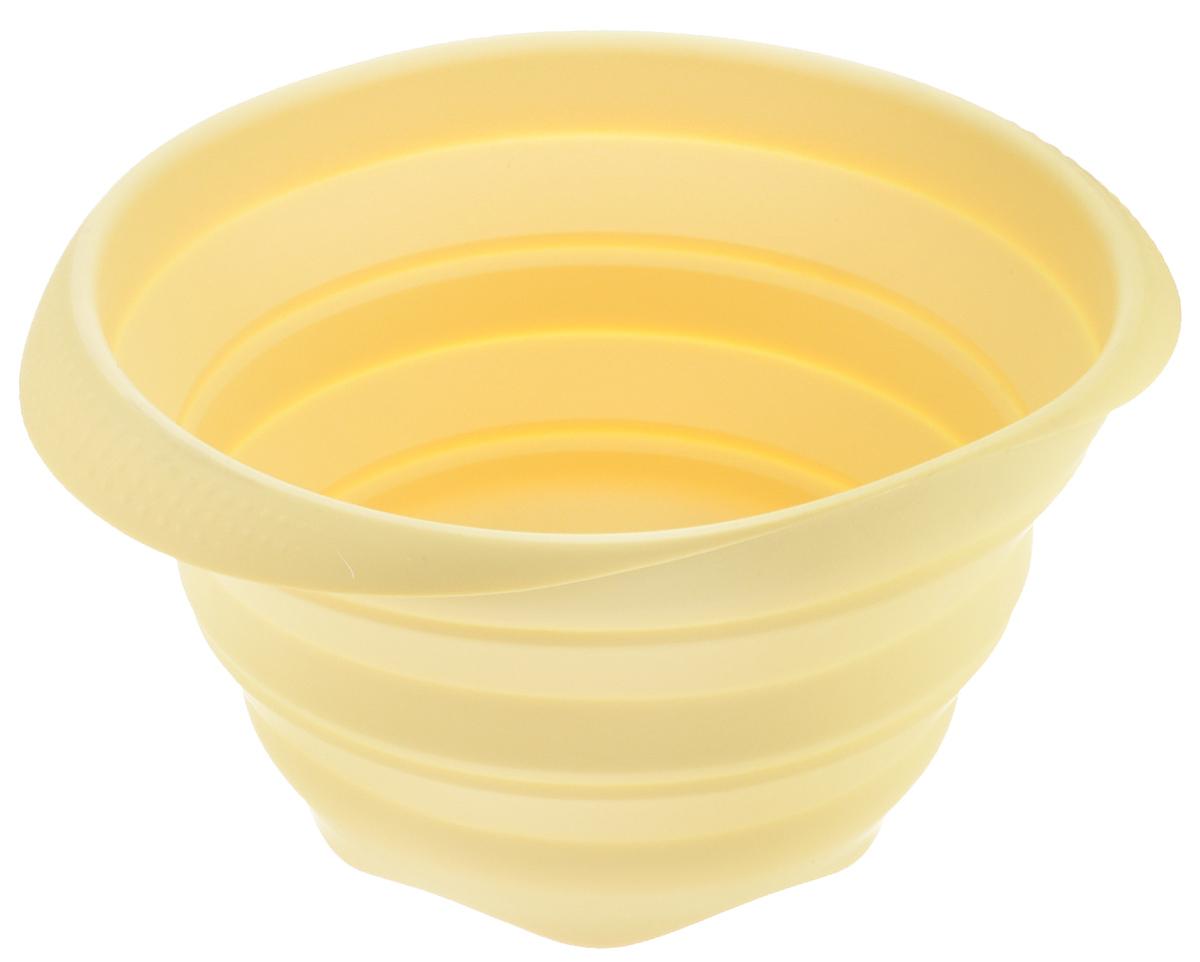 Миска Tescoma Fusion, силиконовая, цвет: желтый, диаметр 24см115510Складная миска Tescoma Fusion, изготовленная из первоклассного жароупорного силикона, станет полезным приобретением для вашей кухни. Изделие отлично складывается, можно быстро разложить и сложить, легко моется. Обладает термостойкостью от - 40°C до + 230°C.Миска пригодна для всех видов духовок, микроволновой печи и холодильника.Можно мыть в посудомоечной машине.Диаметр миски: 24 см.Ширина миски (с учетом ручек): 27 см.Высота миски (в разложенном виде): 14 см.Высота миски (в сложенном виде): 4,5 см.