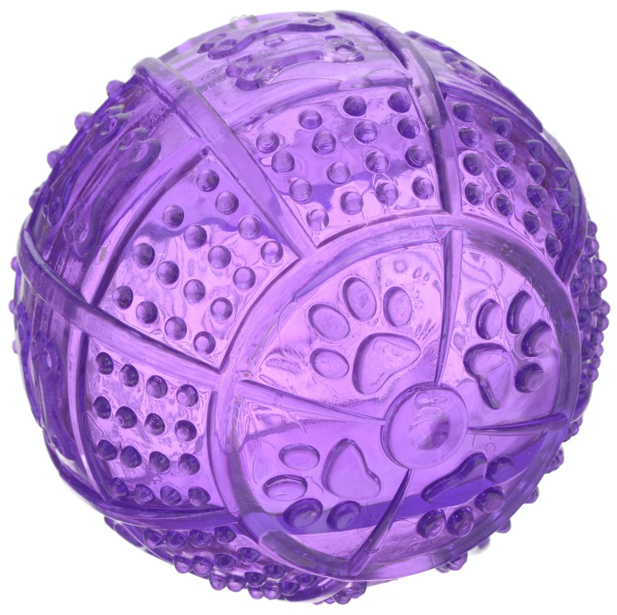 Игрушка для собак Pet Supplies Toby's Choice, цвет: фиолетовый, диаметр 8,2 см0120710Игрушка для собак Pet Supplies Tobys Choice выполнена из резины в виде мяча. Она надолго займет вашего любимца, избавив его от скуки. Игрушка позволяет равномерно распределить угощение и корм за счет лабиринта внутри, поэтому лакомства достанутся питомцу не так быстро, и это продлит его игру.Диаметр игрушки: 8,2 см.