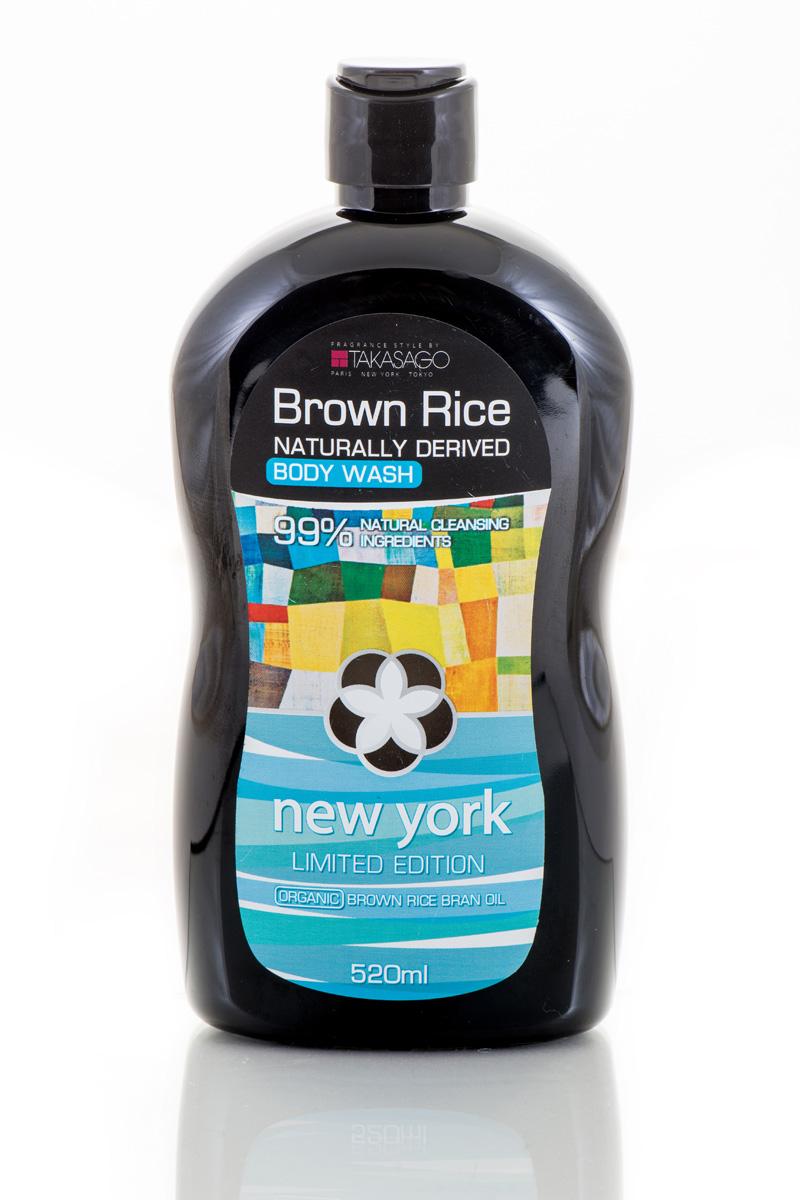 Brown Rice Гель для душа New York Naturally Derived, 520 млFS-00897Гель для душа на натуральной основеразработандля деликатного очищения и увлажнения всех типов кожи. Комбинация из масла отрубей дикого риса, сока алое вера и масла подсолнечника канадскогоделают кожу мягкой, увлажненнойисияющей. Экстракт семянгрейпфрута обладает ярко выраженным антимикробным действием.Аромакомпозиция TAKASAGO 01PG максимально снижает последствияежедневных стрессов и помогает упорядочить мыслительные процессы.Brown Rice