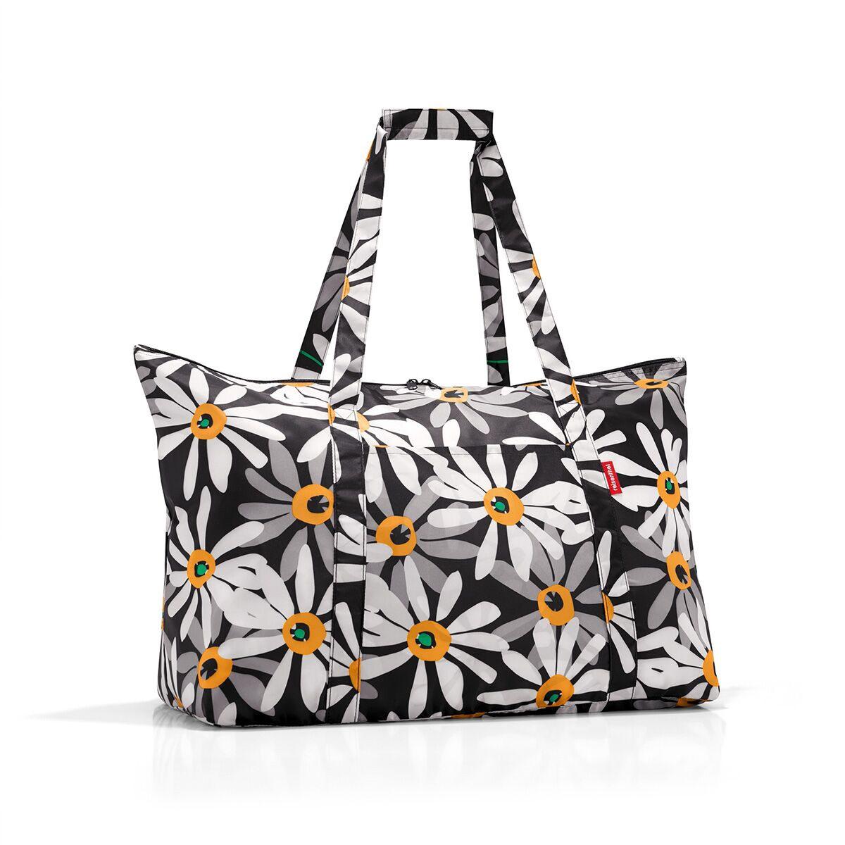 Сумка дорожная женская Reisenthel, цвет: черный. AG7038MD-659-2/4Идеальный компаньон для путешествий, ведь из поездки мы всегда возвращаемся со множеством сувениров и покупок. Так что еще одна сумка пригодится. Она легко складывается в маленький чехол, которые можно взять с собой в сумке или рюкзаке. Так же можно использовать для похода за продуктами.Внутренний объем сумки - 30 литров. Есть внешний кармашек для мелочей. Для удобства ручки сумки можно соединить между собой.