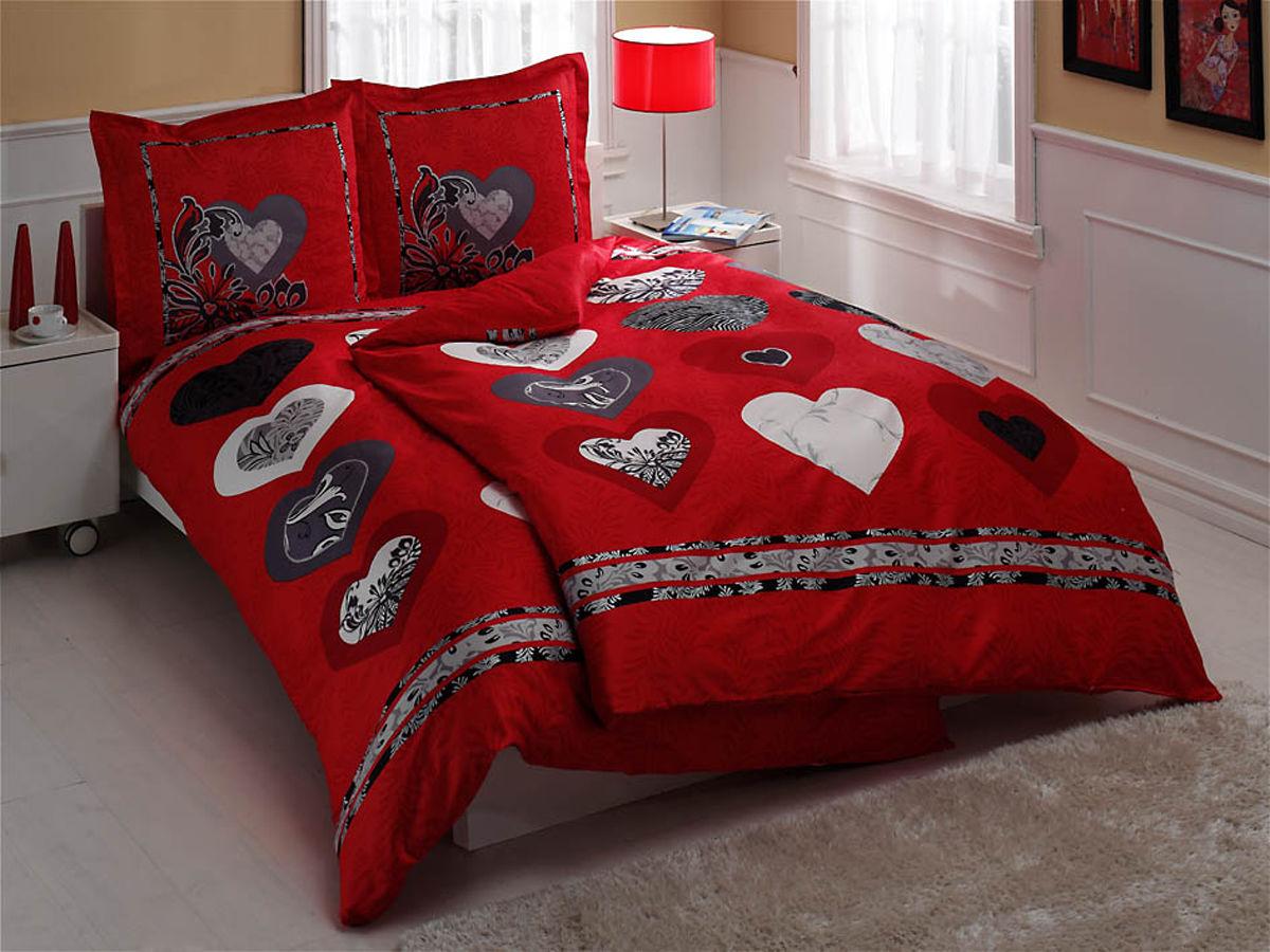 Комплект белья TAC Just Love, семейный, наволочки 70х70, цвет: красный, белый, черныйK100Роскошный комплект постельного белья TAC Just Love выполнен из качественного плотного сатина с использованием фирменного нанесения Pano. Комплект состоит из двух пододеяльников, простыни и двух наволочек. Пододеяльник застегивается на пуговицы.Сатин – гладкая и прочная ткань, которая своим блеском, легкостью и гладкостью похожа на шелк, но выгодно отличается от него в цене. Сатин практически не мнется, поэтому его можно не гладить. Ко всему прочему, он весьма практичен, так как хорошо переносит множественные стирки.Доверьте заботу о качестве вашего сна высококачественному натуральному материалу.