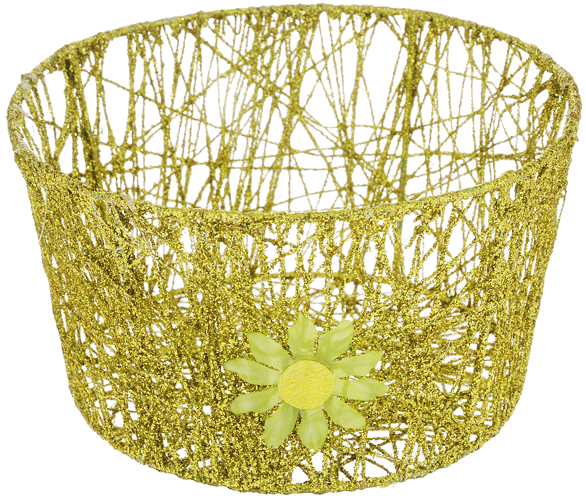 Корзина декоративная Home Queen Сияние, цвет: золотистый, диаметр 18 см10157Декоративная корзинка Home Queen Сияние прекрасно подойдет для хранения пасхальных яиц, а также различных мелочей. Корзинка имеет металлический каркас, обтянутый нитями из полиэстера. Блестки придают изделию особый праздничный вид. Сбоку корзинка декорирована аппликацией в виде цветочка.Такая корзинка украсит интерьер дома к Пасхе, внесет частичку тепла и веселья в ваш дом.