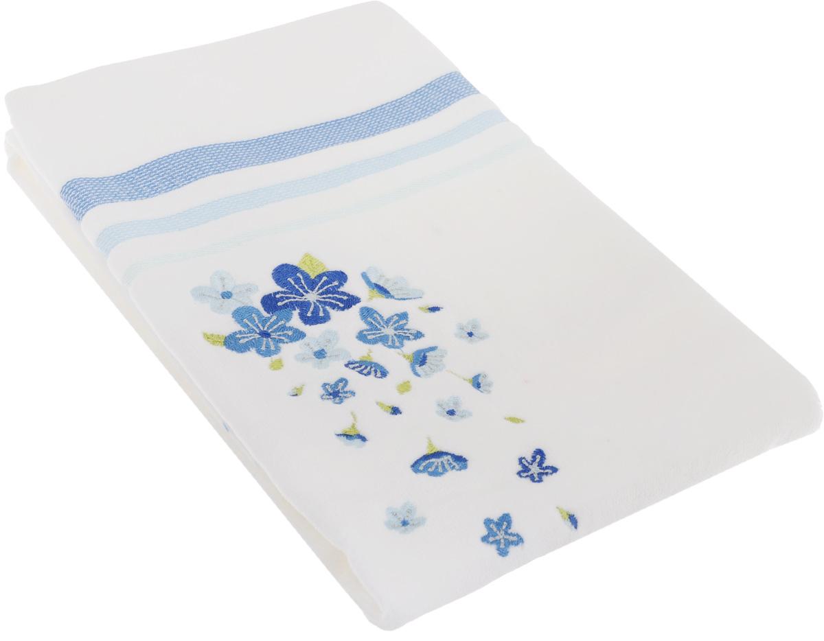 Полотенце махровое TAC Adelia, цвет: белый, голубой, 50 x 90 см1004900000360Махровое полотенце TAC Adelia выполнено из натуральной махровой ткани (100% хлопок). Изделие отлично впитывает влагу, быстро сохнет, сохраняет яркость цвета и не теряет форму даже после многократных стирок. Полотенце очень практично и неприхотливо в уходе. Такое полотенце прекрасно дополнит интерьер ванной комнаты.Рекомендации по уходу:- режим стирки при 40°C,- допускается деликатная сухая химчистка, - отбеливание запрещено,- глажка при температуре подошвы утюга до 200°С,- рекомендуется щадящий барабанный отжим.