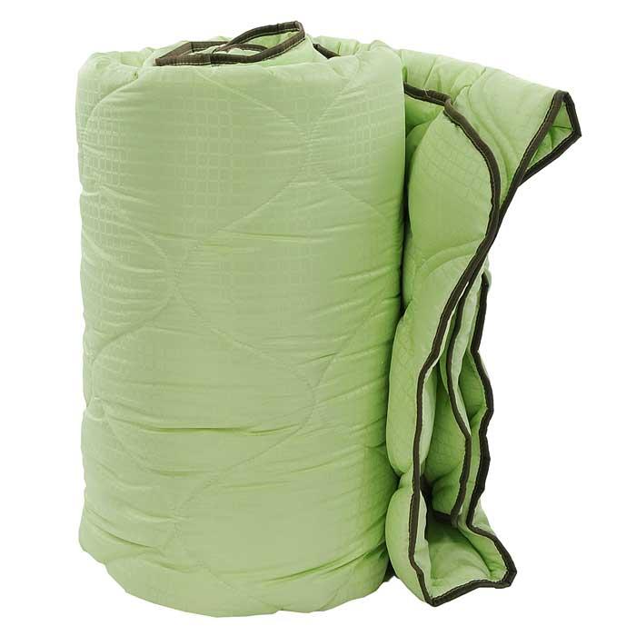 Одеяло TAC M-Jacquard, наполнитель: силиконизированное волокно, цвет: зеленый, 195 х 215 см531-105Двуспальное одеяло TAC M-Jacquard подарит вам здоровый и комфортный сон. Чехол одеяла выполнен из гладкого, нежного и приятного на ощупь полиэфира, декорированного принтом в мелкую клетку. Наполнитель одеяла - силиконизированное волокно из полиэфира. Силиконизированное волокно - полое, не склеенное, скрученное лавсановое волокно. Волокно проходит высокую степень силиконизации, тем самым увеличивается его упругость. В изделиях это определяет срок службы. Наполнитель экологически чистый, без запаха, не вызывает аллергии. Изделия с этим наполнителем отлично сохраняют тепло, держат объем, обладая при этом мягкостью и упругостью. Они легкие, гипоаллергенные, свободно пропускают воздух, в них не поселяются вредные микроорганизмы. Одеяло стирается в обычной стиральной машине, быстро сохнет, после стирки восстанавливает свой объем и форму. Одеяло простегано и окантовано, фигурная стежка равномерно удерживает наполнитель внутри и не позволяет ему скатываться. Ваше одеяло прослужит долго, а его изысканный внешний вид будет годами дарить вам уют.Плотность наполнителя: 300 г/м2.