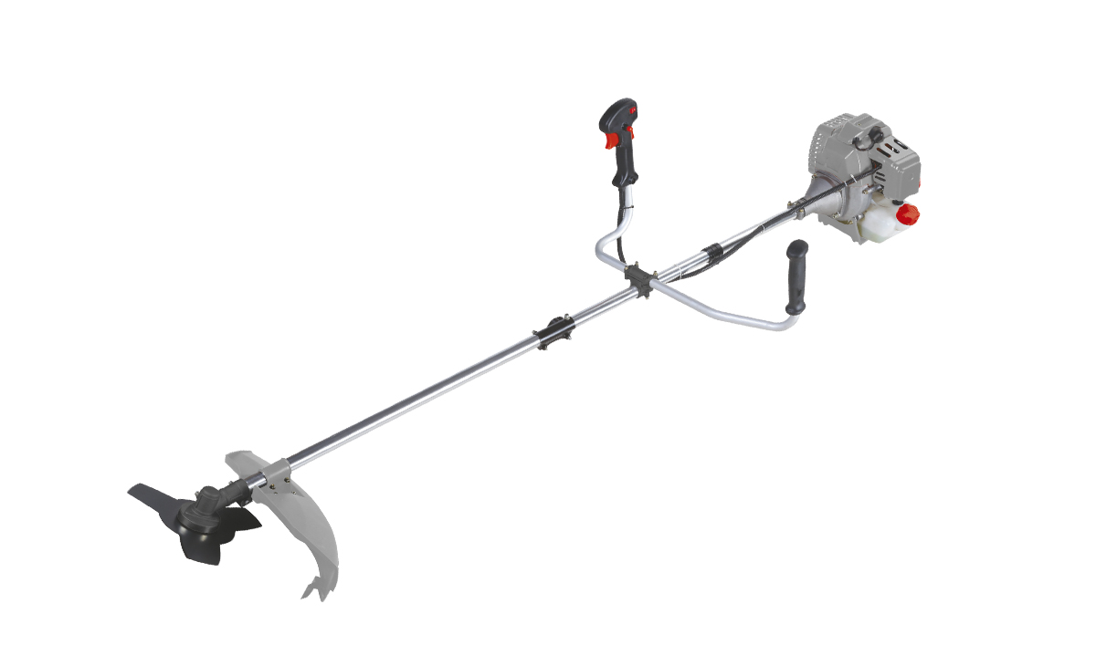 Триммер бензиновый Ставр ТБ-1400ЛРст1400лБензиновый триммер Ставр ТБ-1400ЛР - легкий инструмент, при помощи которого можно подравнять траву на приусадебном участке, возле садового домика. В качестве режущего элемента используется нейлоновая леска или нож.Объем двигателя: 42,7 см3.Мощность: 1,4 кВт.Ширина скашивания: 44 см. Количество оборотов (леска): 9000 об/мин.Количество оборотов (нож): 9500 об/мин.Тип штанги: разборная.Топливная смесь: бензин АИ-92+Масло 25:1.