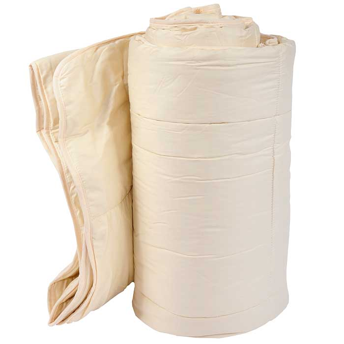 Одеяло TAC Dream, наполнитель: силиконизированное волокно, лен, 195 х 215 см531-103Одеяло TAC Dream с наполнителем, состоящим из 40% полиэфира (силиконизированное волокно) и 60% льна, подарит вам здоровый и комфортный сон. Чехол одеяла выполнен из натурального хлопка.Силиконизированное волокно - полое, не склеенное, скрученное лавсановое волокно. Волокно проходит высокую степень силиконизации, тем самым увеличивается его упругость. Благодаря такой обработке скользкие силиконизированные волокна движутся независимо друг от друга.Ваше одеяло прослужит долго, а его изысканный внешний вид будет годами дарить вам уют. Рекомендации по уходу:Одеяло запрещено стирать, отбеливать и гладить.Рекомендуется бережная химическая чистка.Одело, насыщенное влагой, для сушки должно раскладываться только на плоской поверхности.