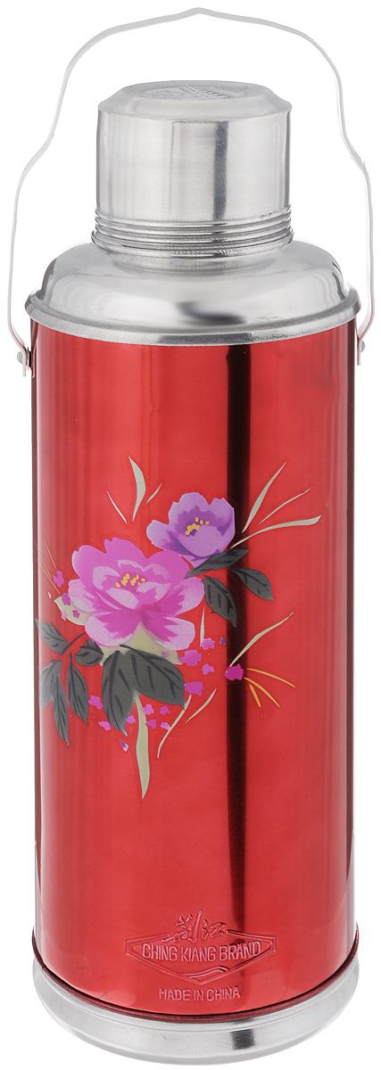 Термос Super Kristal, цвет: красный, фиолетовый,2 лVT-1520(SR)Термос Super Kristal изготовлен из высококачественного металла, колба внутри - стеклянная. Термос можно использовать для горячих и охлажденных жидкостей. Необходимая температура жидкости в термосе сохраняется долгое время. Термос снабжен закручивающейся крышкой, которую можно использовать как чашку. Имеется ручка для переноски.Термос Super Kristal подходит для домашнего использования, а также незаменим во время поездок и пикников. Легкий и удобный, он станет незаменимым спутником в ваших поездках.Диаметр по верхнему краю: 7 см.Диаметр дна: 12 см.Высота термоса с учетом крышки: 38 см.